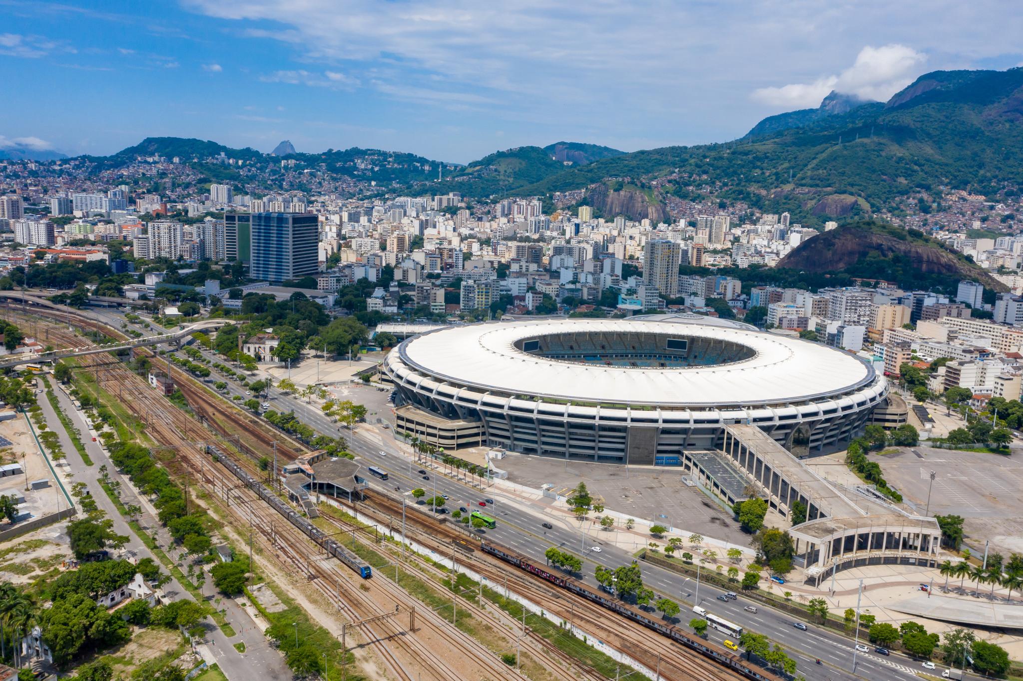 Mixed reaction to plans to rename Maracana Stadium in honour of Pelé