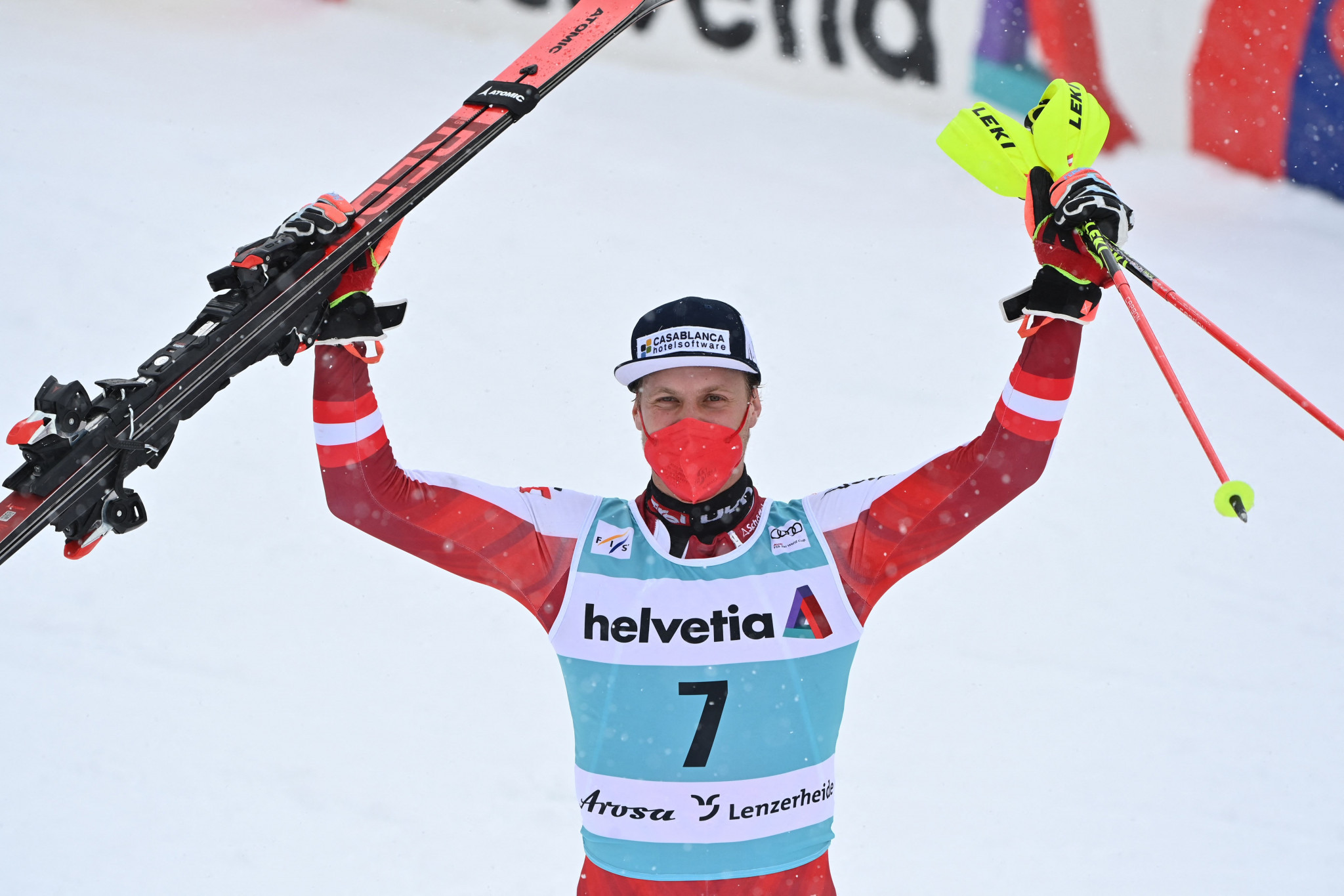 Feller and Robinson end FIS Alpine Ski World Cup season with victories