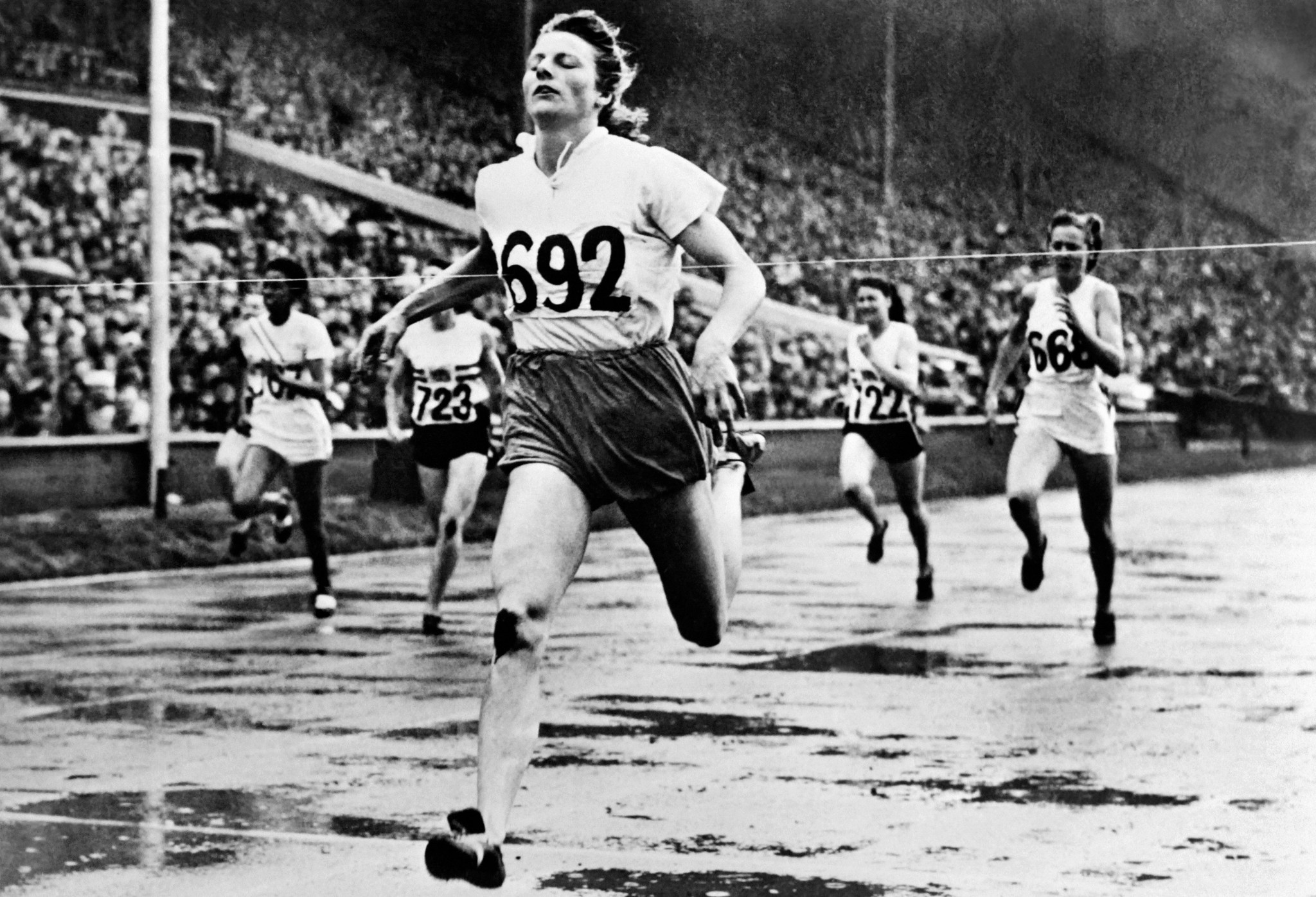 Decima Norman could have rivalled Dutch legend Fanny Blankers-Koen if fate had dealt her a fairer hand ©Getty Images