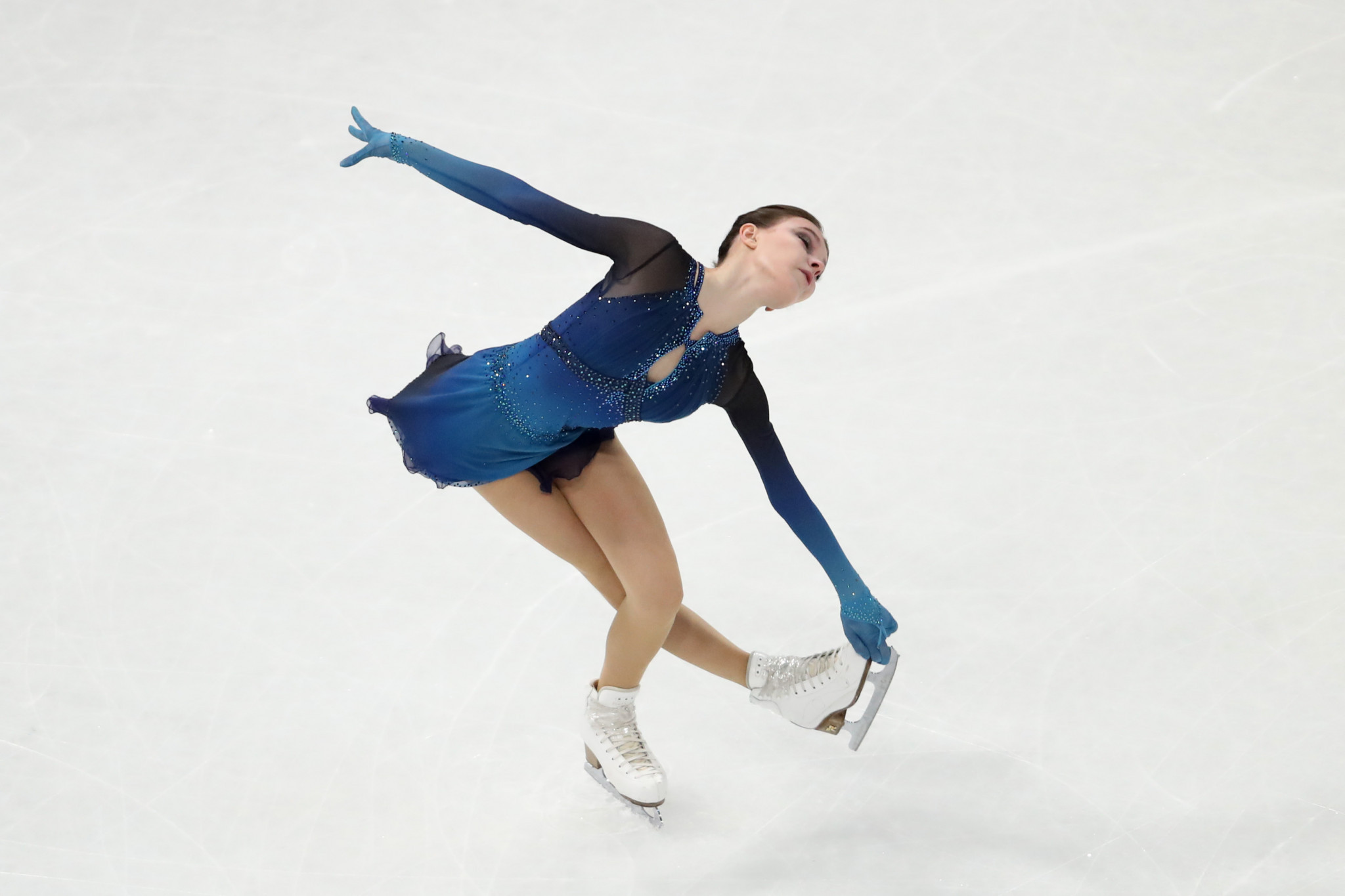 Russian skaters lead ladies and pairs competitions after short programmes open World Figure Skating Championships