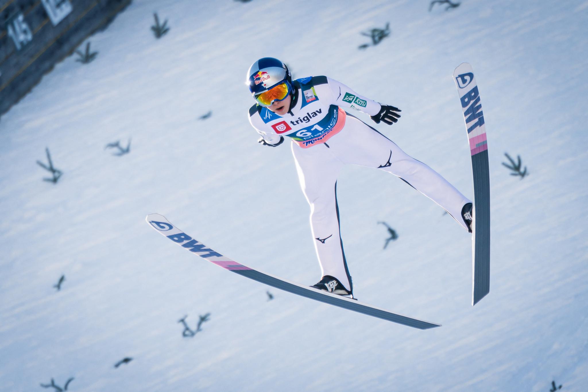 Another Ski Jumping World Cup win for Kobayashi overshadowed by nasty Tande crash