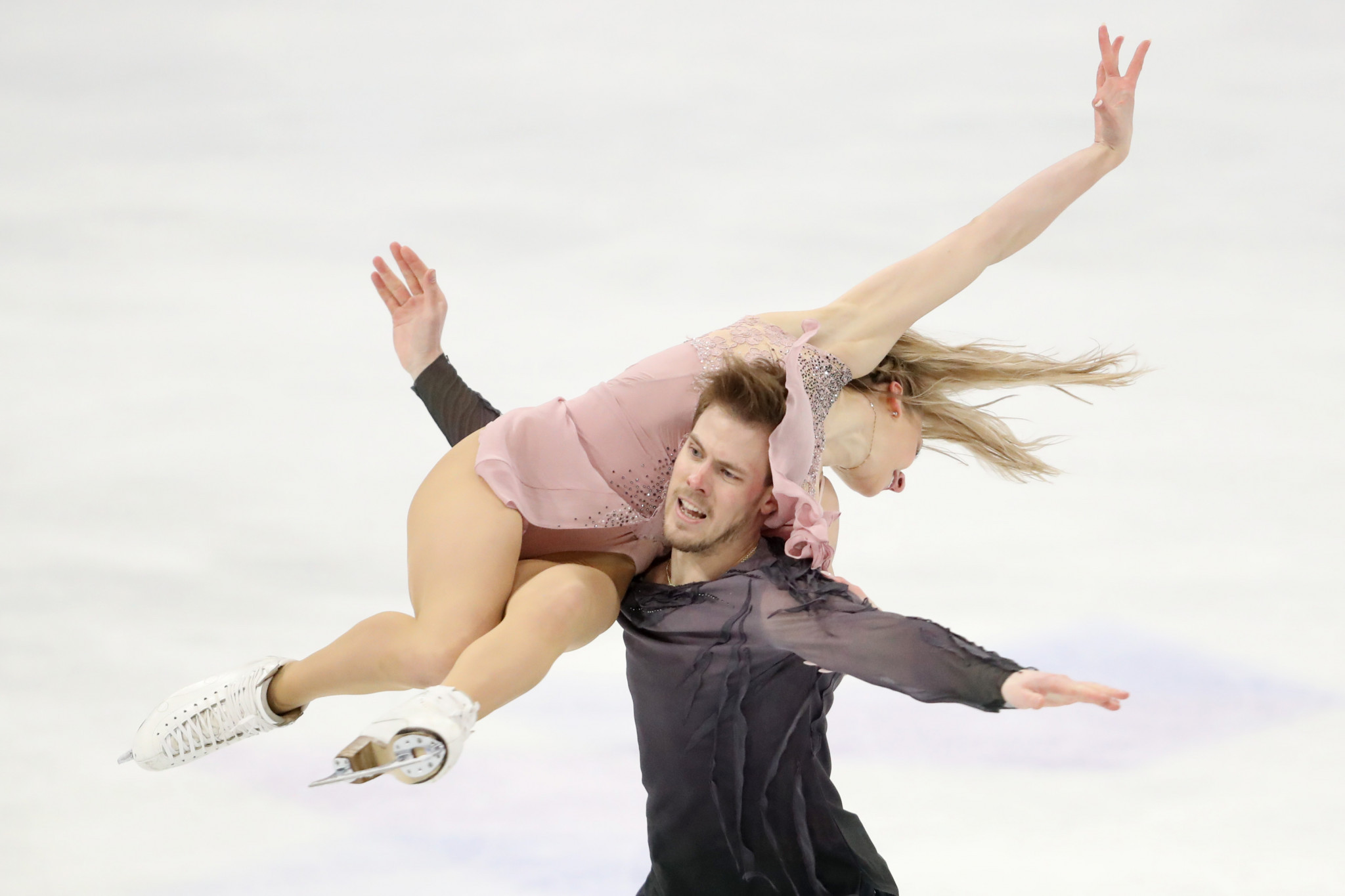 Victoria Sinitsina and Nikita Katsalapov of the Figure Skating Federation of Russia won the ice dance title in Stockholm ©Getty Images
