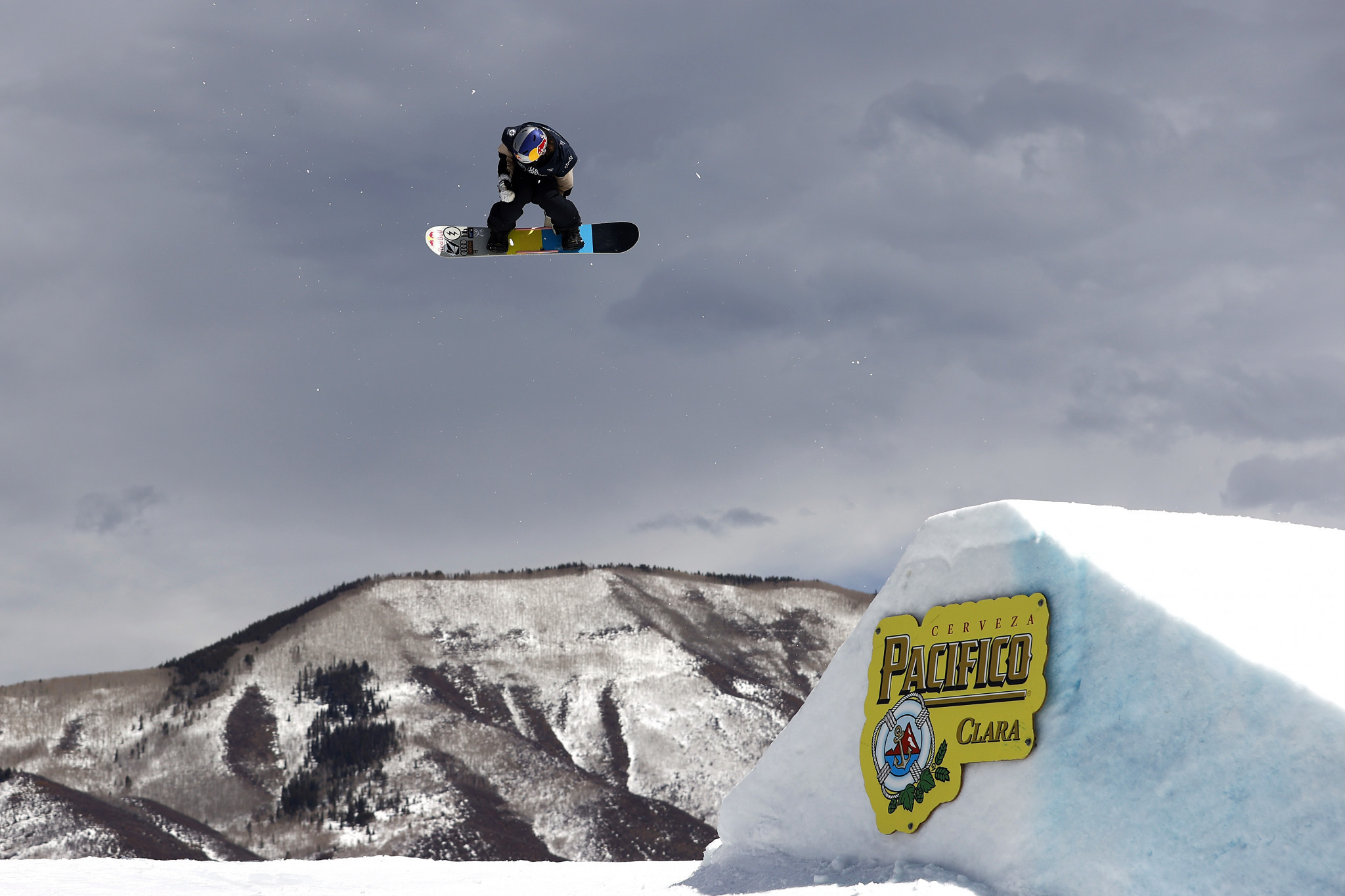 Kleveland and Gasser claim overall slopestyle titles at Silvaplana Snowboard World Cup