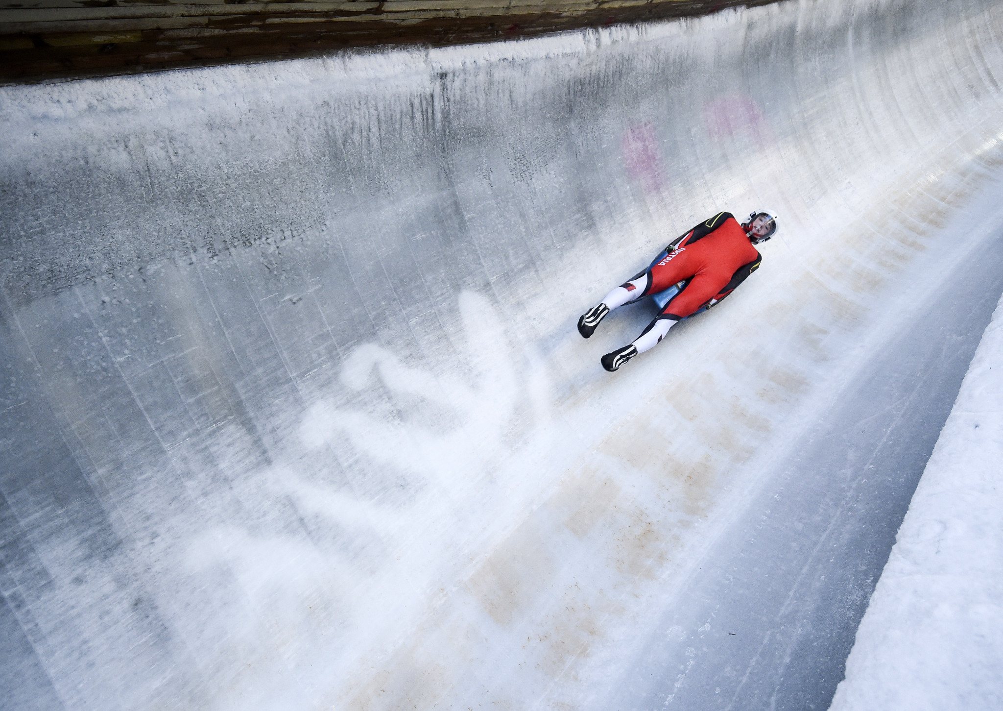 Madeline Egle sliding in practice at the Lillehammer 2016 Winter Youth Olympics ©Getty Images