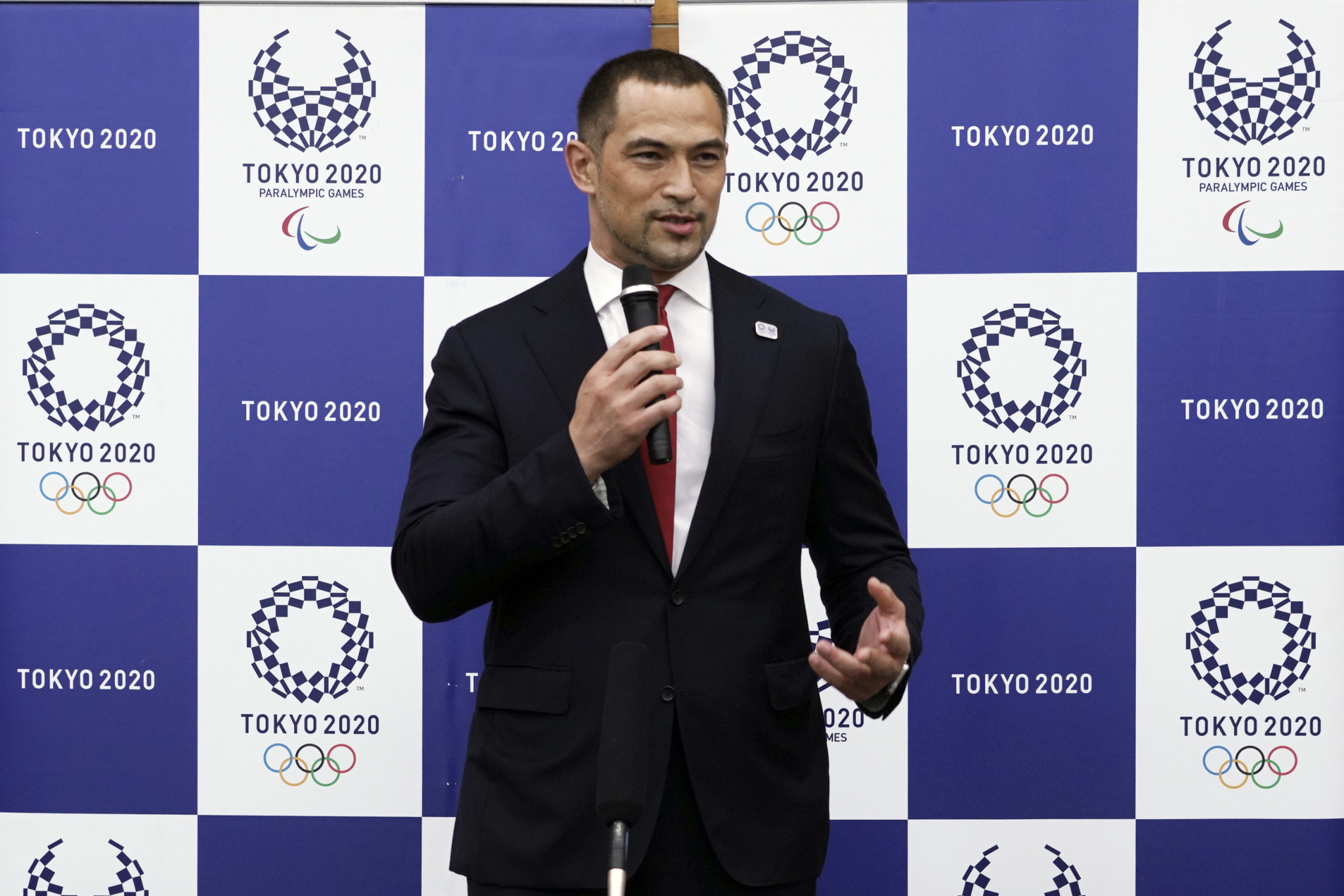 Former Tokyo 2020 sports director Koji Murofushi is reportedly set to undergo a stem cell transplant later this month ©Getty Images