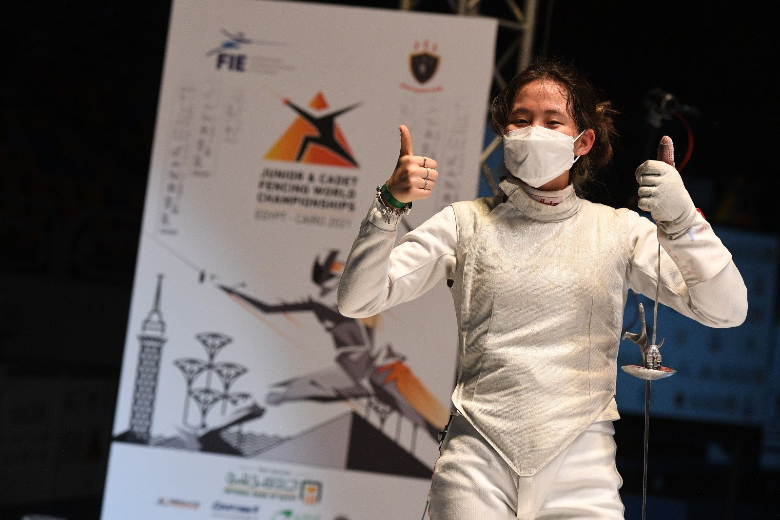 Guo wins second medal in Cairo with foil gold in Cadet World Fencing Championships