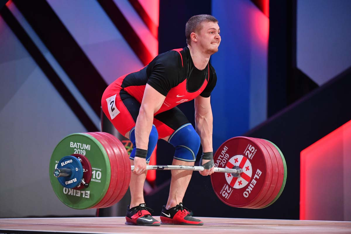 Anton Pliesnoi was a runaway winner of the men's 96kg title at the European Weightlifting Championships in Moscow ©GEOWF