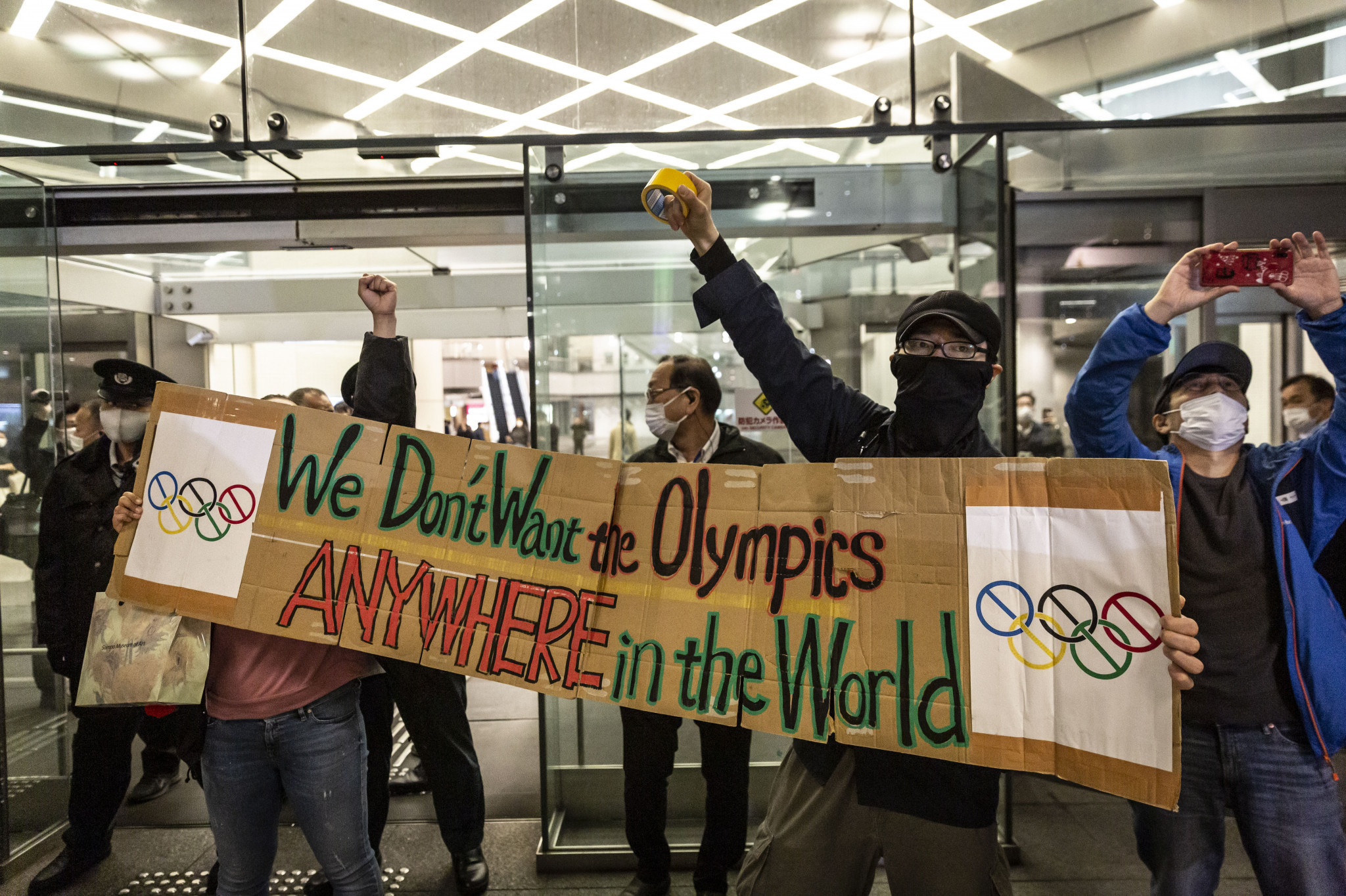 Almost 40 per cent of respondents in the Kyodo News survey want the Olympics to be cancelled ©Getty Images