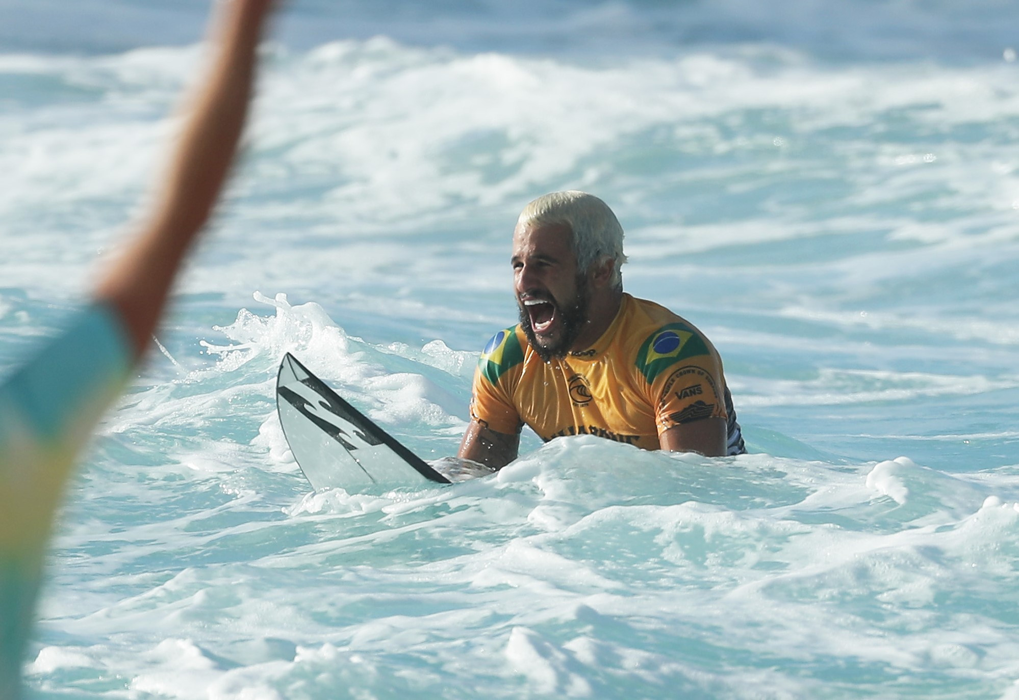 Champion Ferreira knocks out Fanning at World Surf League event in Narrabeen