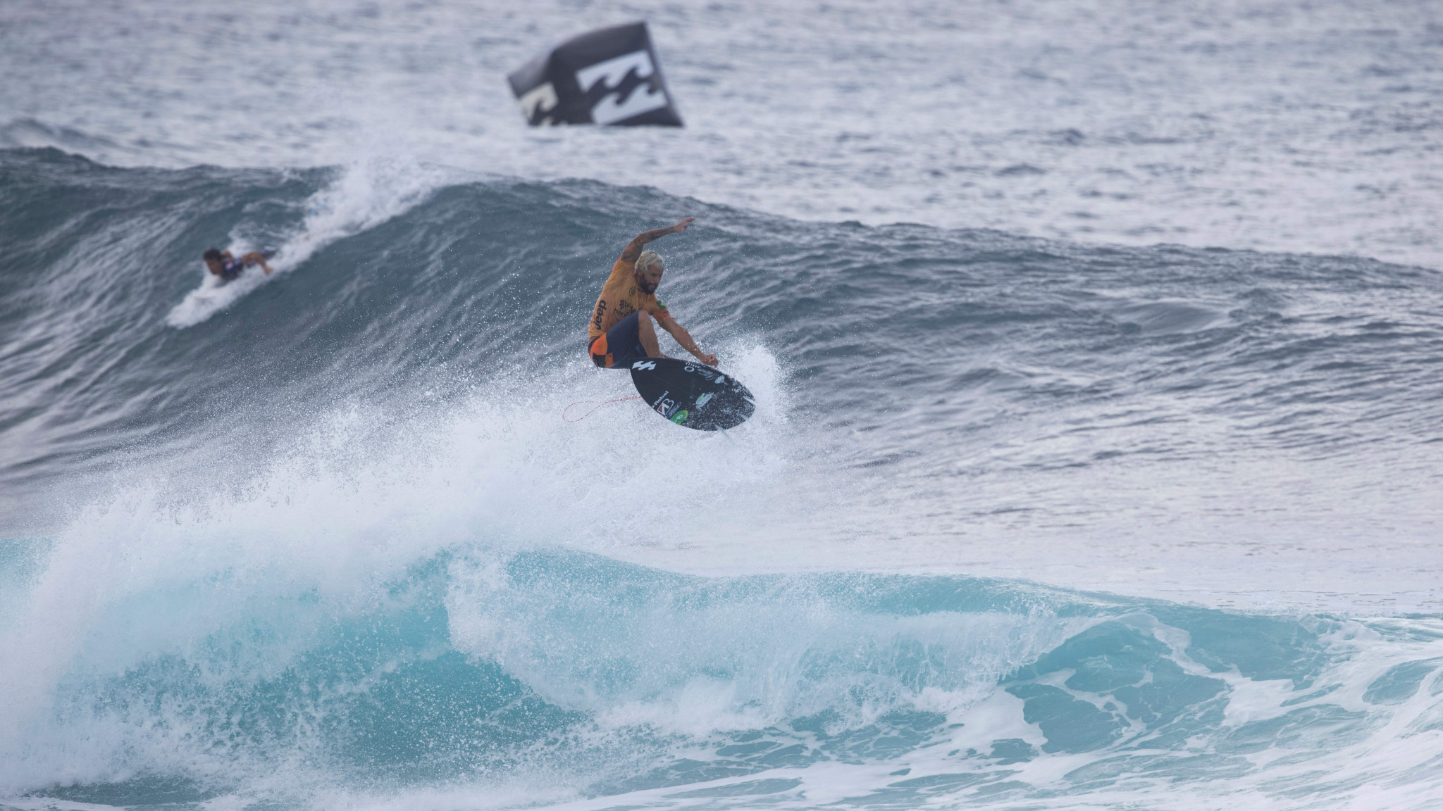 World champion Ferreira knocked out of Narrabeen World Surf League event by Coffin