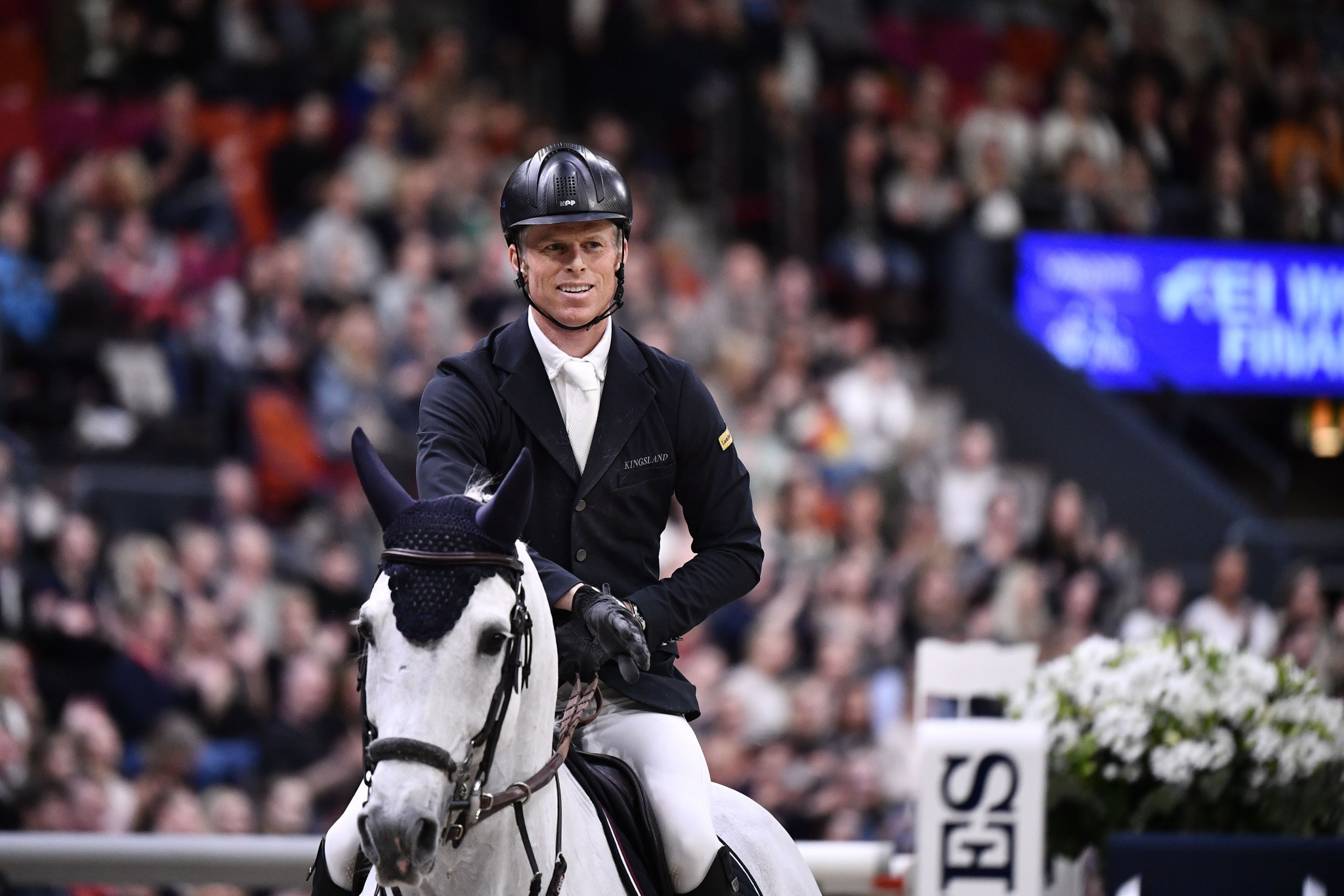 Kühner holds nerve in jump-off to win Dutch Masters in 's-Hertogenbosch