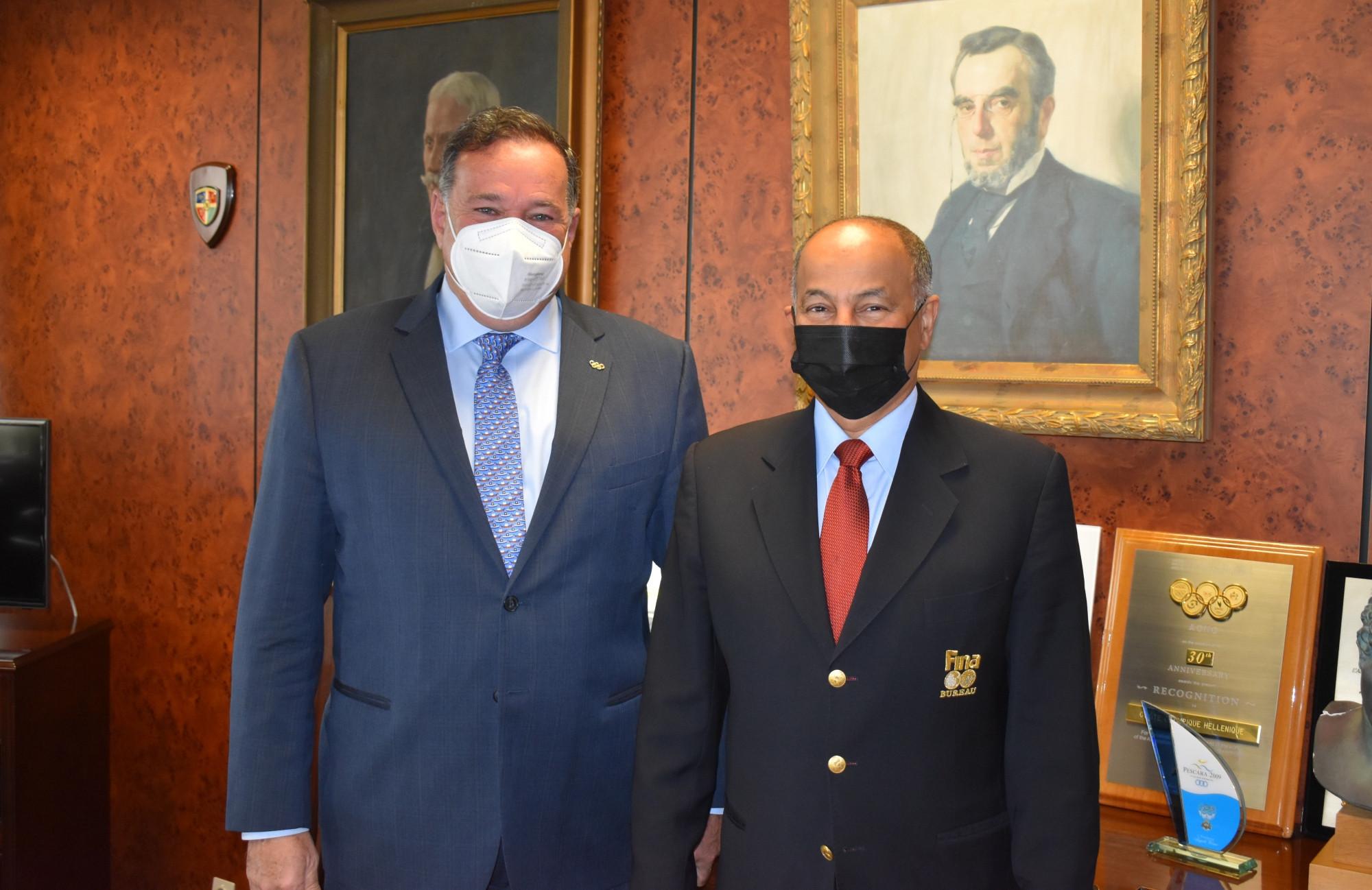 HOC President Spyros Capralos, left, met with Husain Al-Musallam in Athens ©HOC