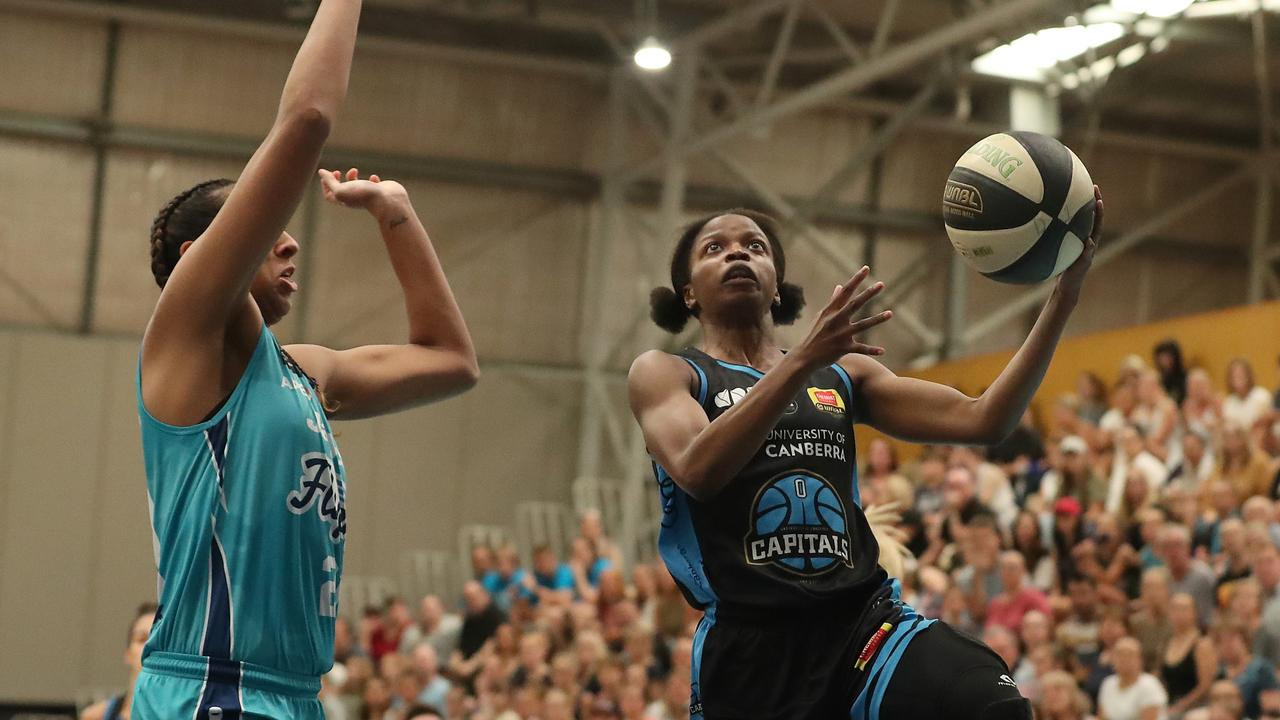 The WNBL is one of the flagship competitions organised by Basketball Australia ©Getty Images