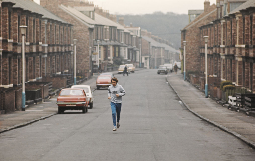 Local hero Brendan Foster, pictured on a training run in Gateshead during the 1970s, petitioned for and inaugurated the new track there in 1974 with a world 3,000 metres record ©Getty Images