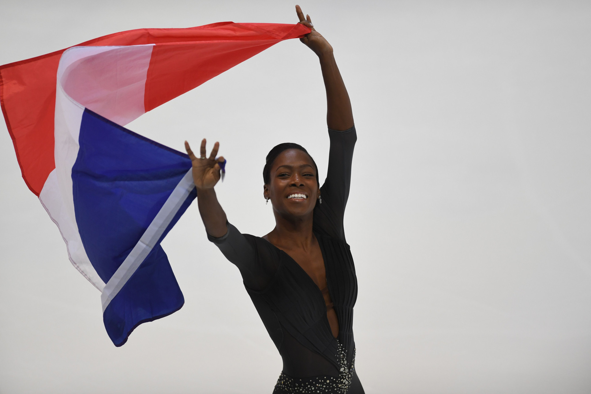 IOC approve change of nationality for figure skater James from France to Canada