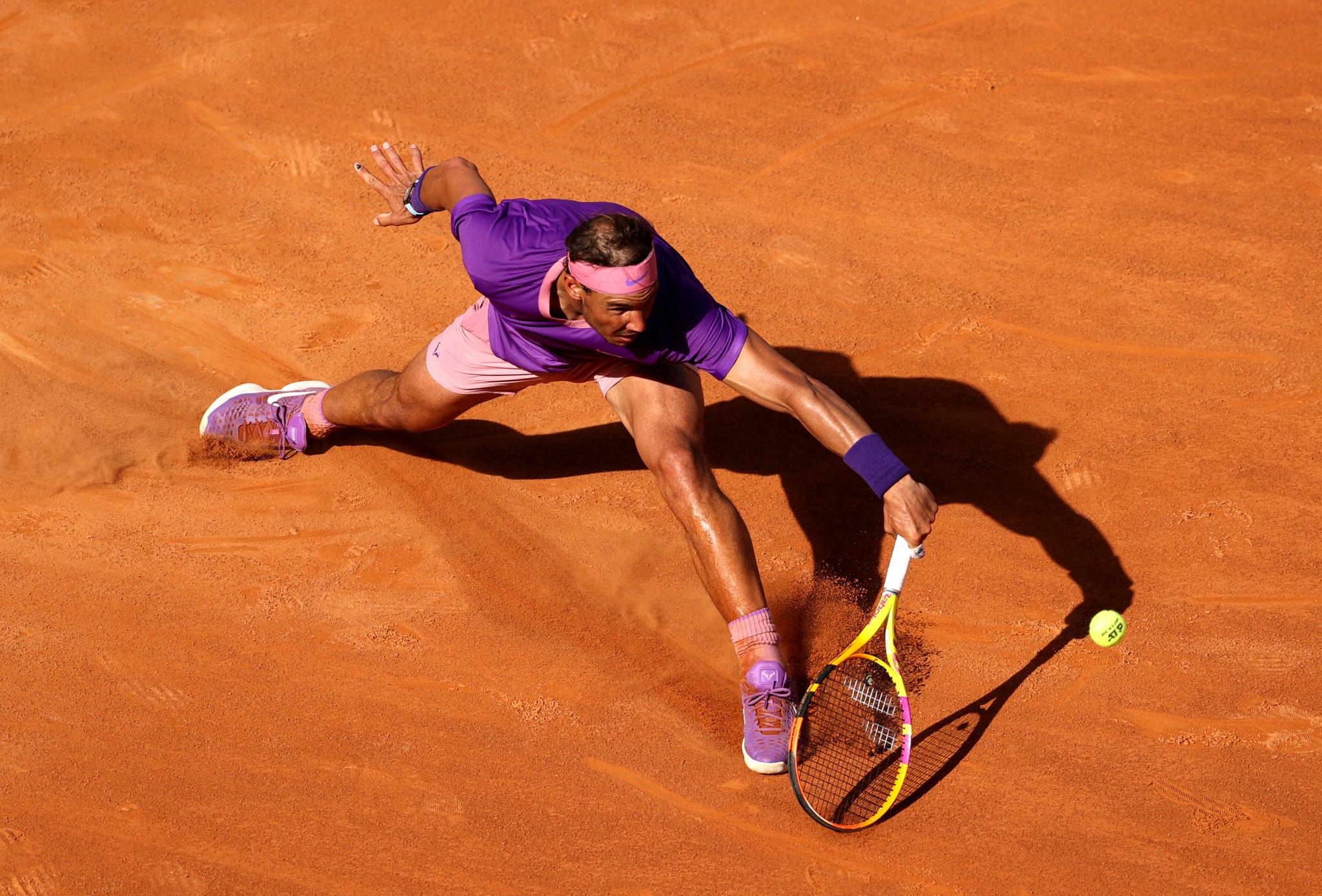 Nadal battles through at Italian Open as top seeds make smooth progress