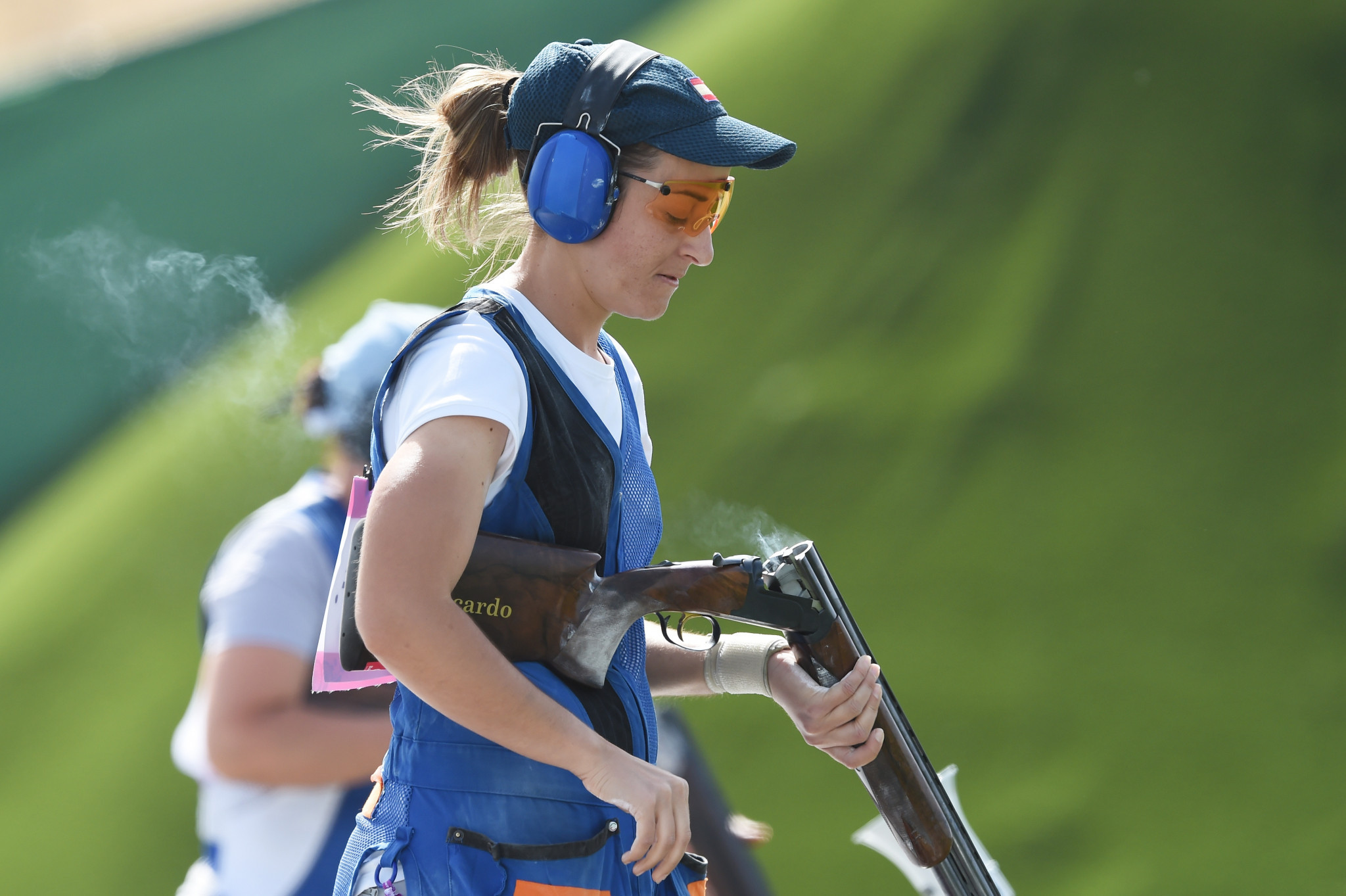 Fátima Gálvez and partner Alberto Fernández hit 46 out of 50 targets to earn an overwhelming win in the trap mixed team bronze-medal match on the last day of the ISSF Shotgun World Cup in Lonato ©Getty Images