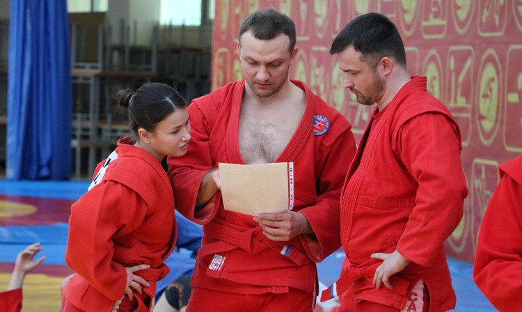 The first international seminar for sambo coaches took place online and in Moscow ©FIAS