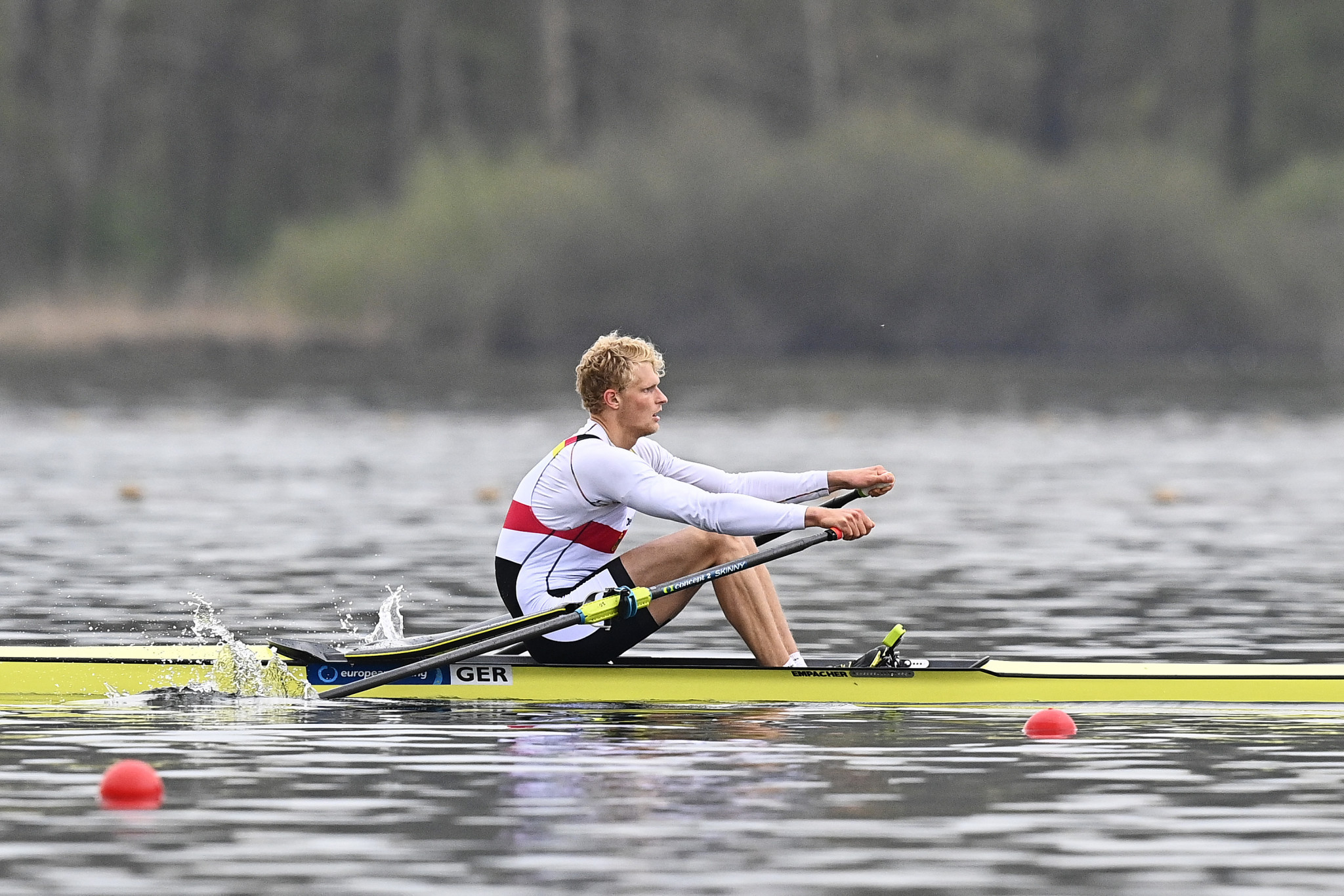 Oliver Zeidler advanced to the quarter-finals of the men's single sculls in Lucerne ©Getty Images