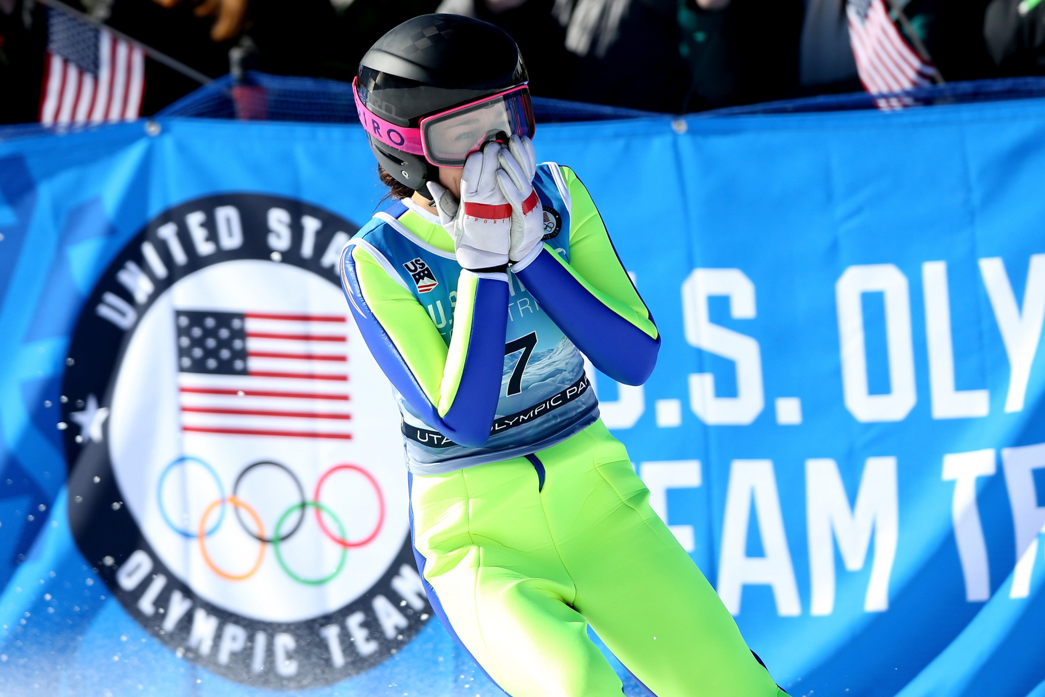 Hendrickson and Damjan to stay on FIS Athletes' Commission despite retirements