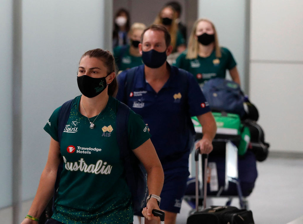 Australia's women's softball squad arrives at Narita Airport to take up residence in its pre-Tokyo 2020 Games training camp ©Getty Images