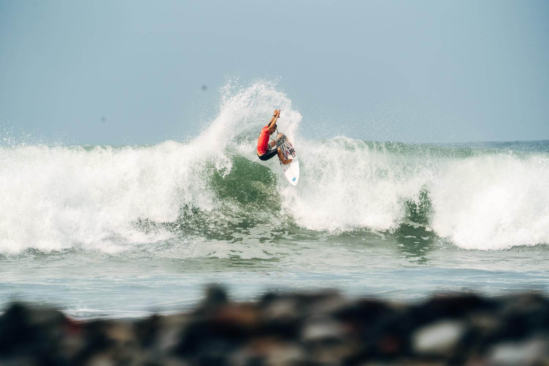 Japanese men impress at World Surfing Games