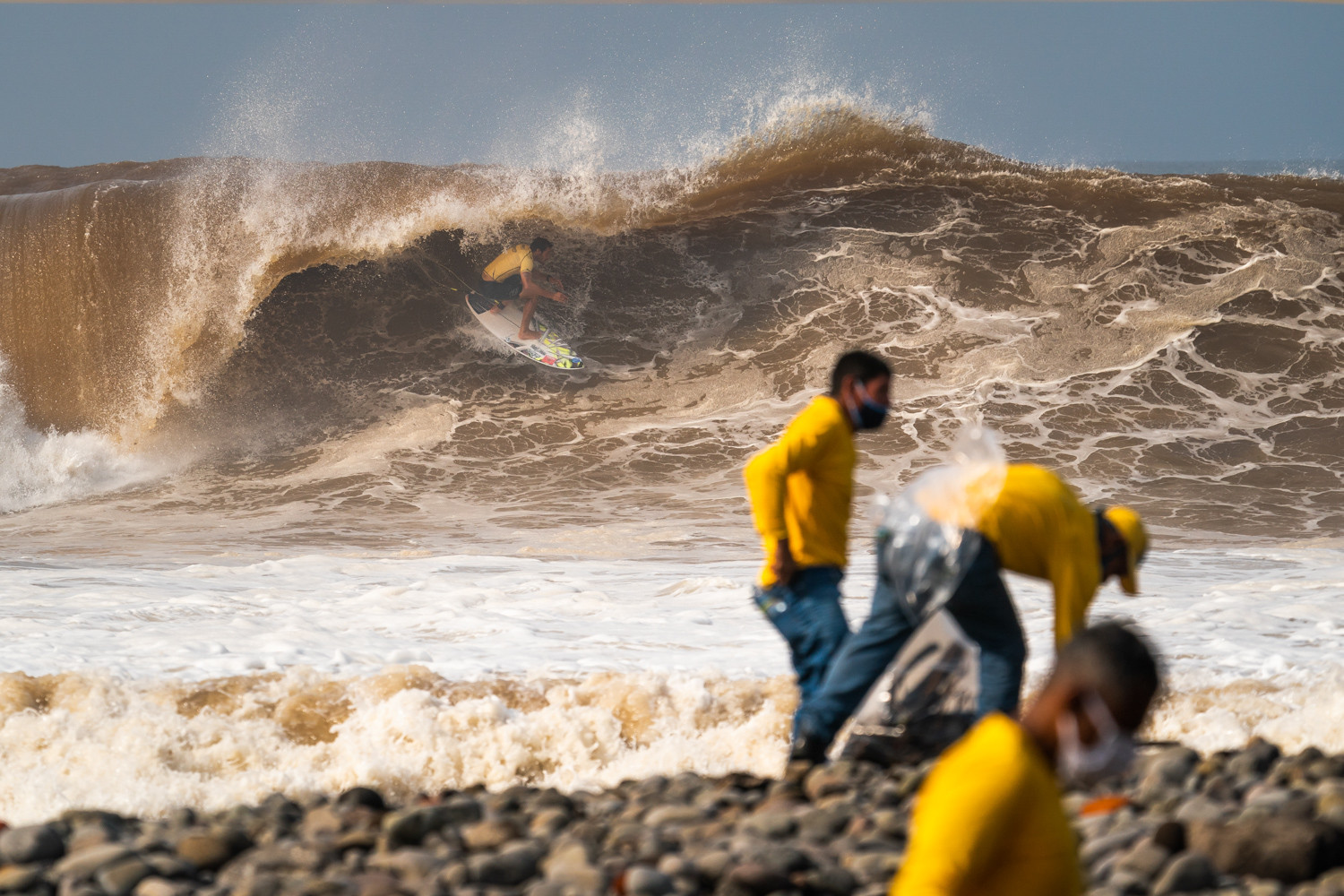 Surfers continue quests for Olympic places as main event round resumes at World Surfing Games