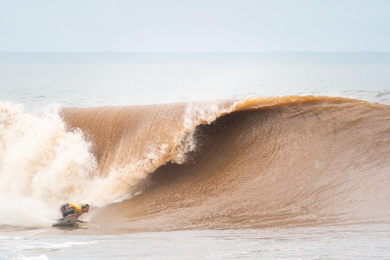 Jose Ignacio Gundesen of Argentina in action at Surf City ©ISA/Sean Evans