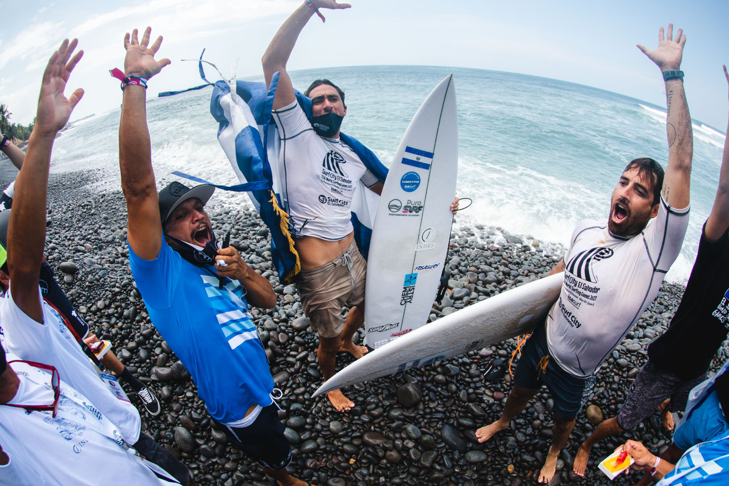 Surfers continue quests for golds and Tokyo 2020 places on sixth day of ISA World Surfing Games