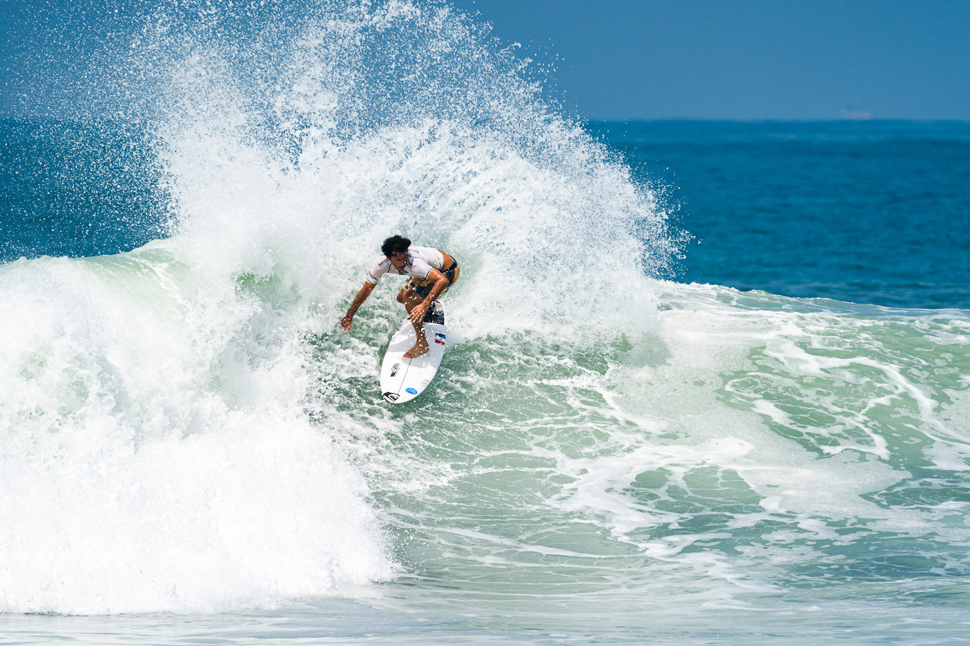 Jeremy Flores of France rides a wave as he competes at the World Surfing Games ©ISA/Ben Reed
