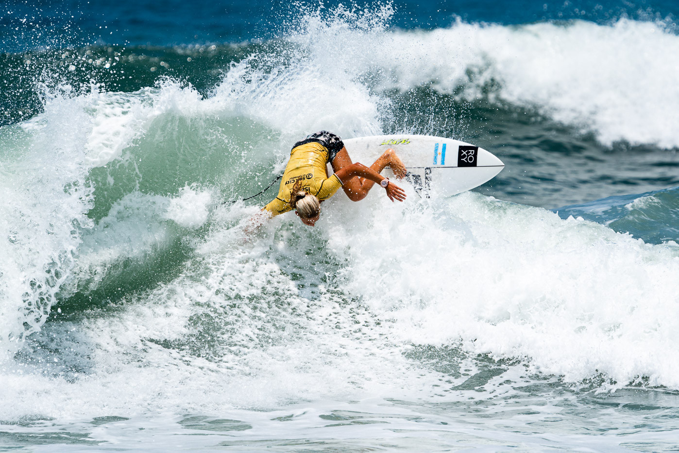 Lucia Indurain of Argentina in action on the seventh day at Surf City ©ISA/Ben Reed
