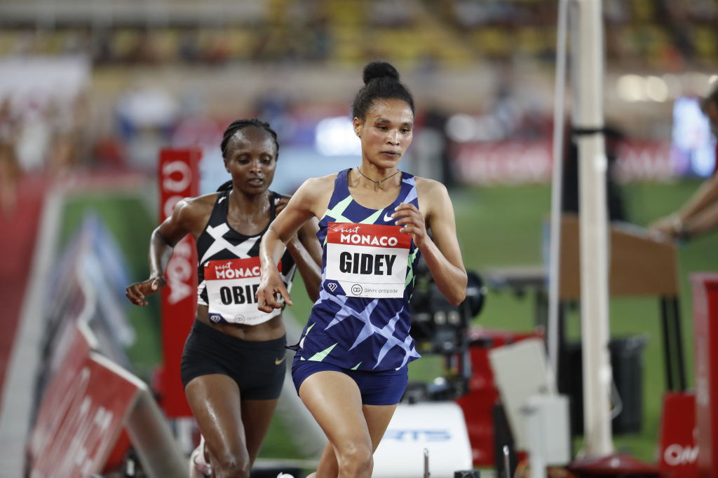 Gidey takes five seconds off Hassan's new women's 10,000m record on same Hengelo track