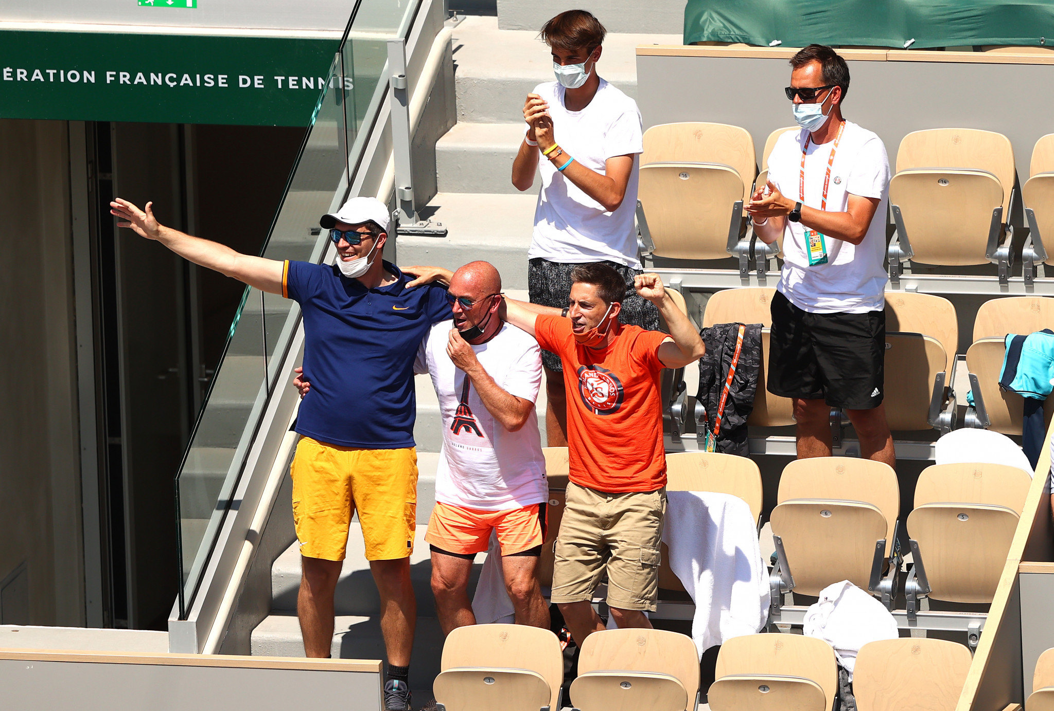 Tamara Zidansek's player box celebrate after the world number 85 upsets Badosa to reach the last four at Roland-Garros ©Getty Images