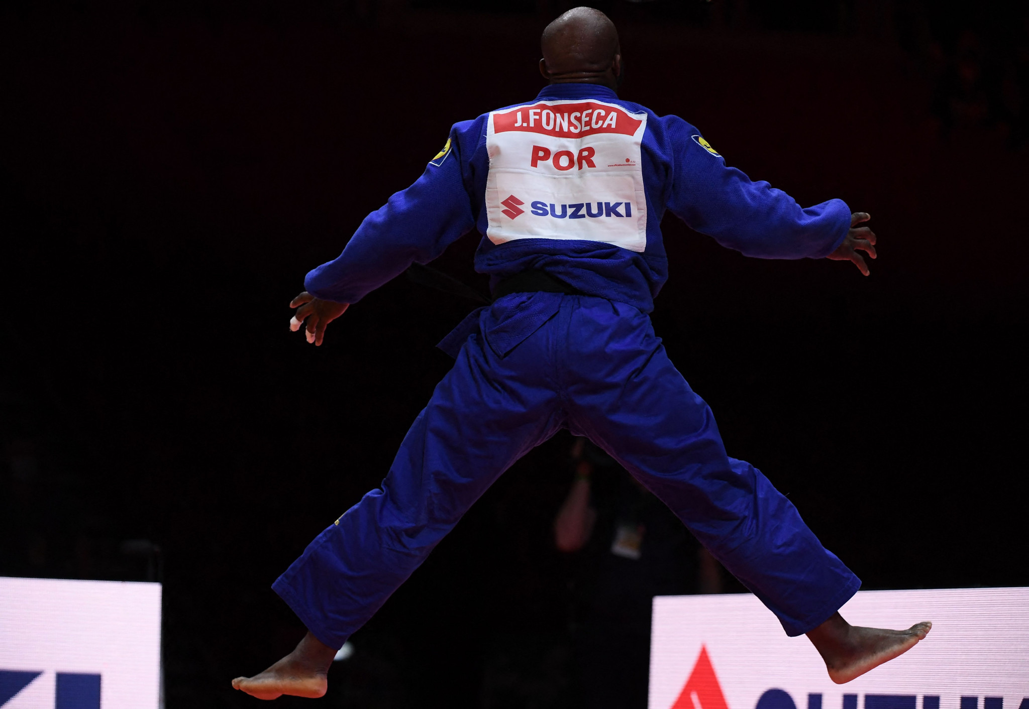Jorge Fonseca celebrated with dancing following his men's under-100kg gold medal win ©Getty Images