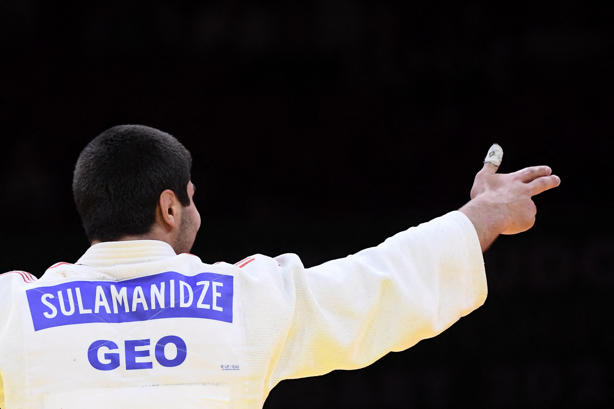 Teenager Ilia Sulamanidze won the other bronze medal in the men's under-100kg at the age of 19 ©Getty Images