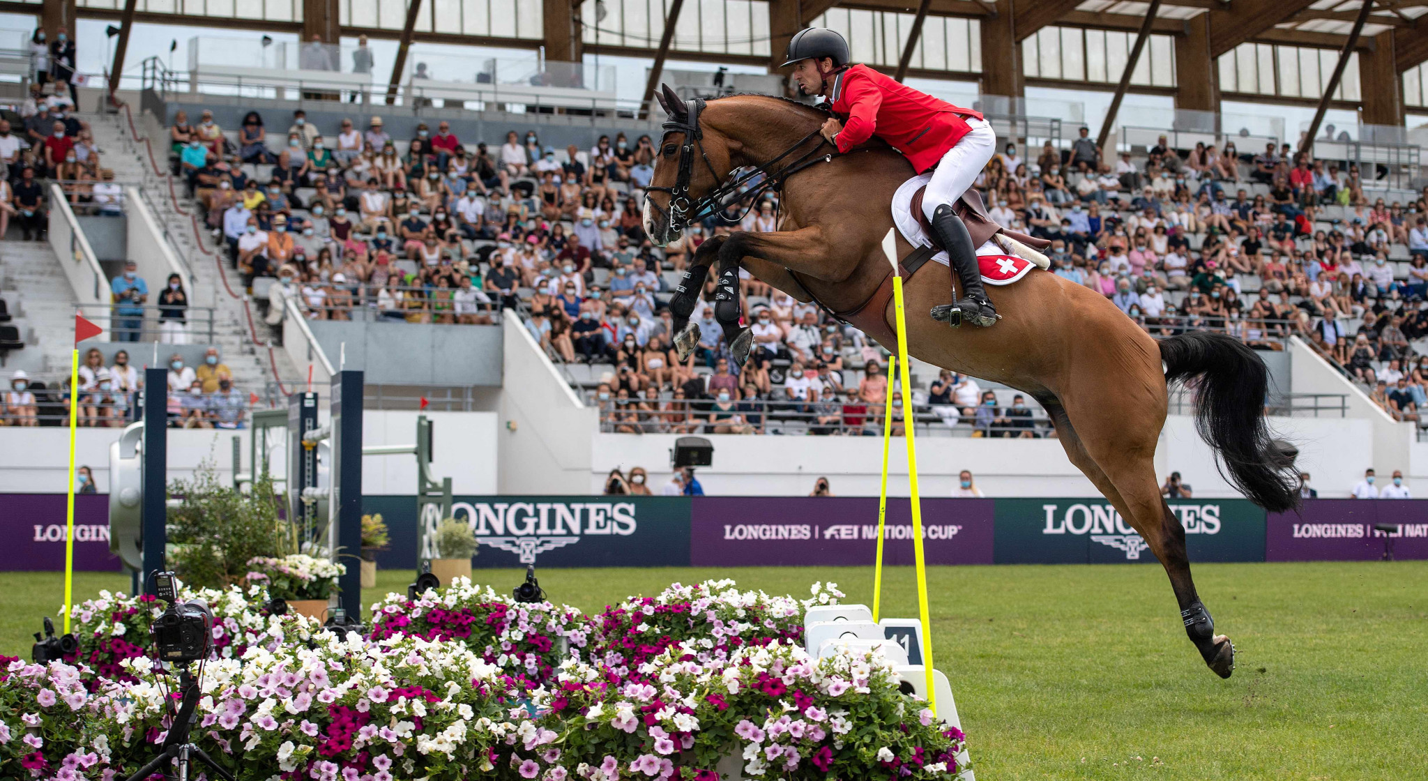 Mamdli's final clear round earns Switzerland win in FEI Jumping Nations Cup at La Baule
