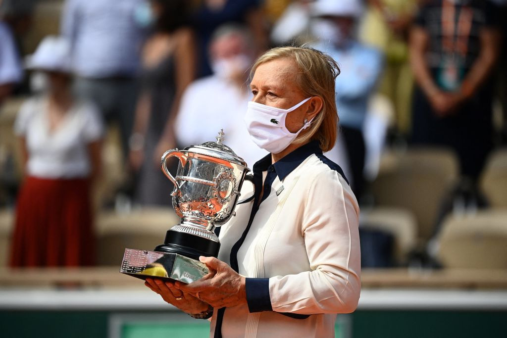 Martina Navratilova presented the Suzanne Lenglen Cup to the victorious Czech ©Getty Images