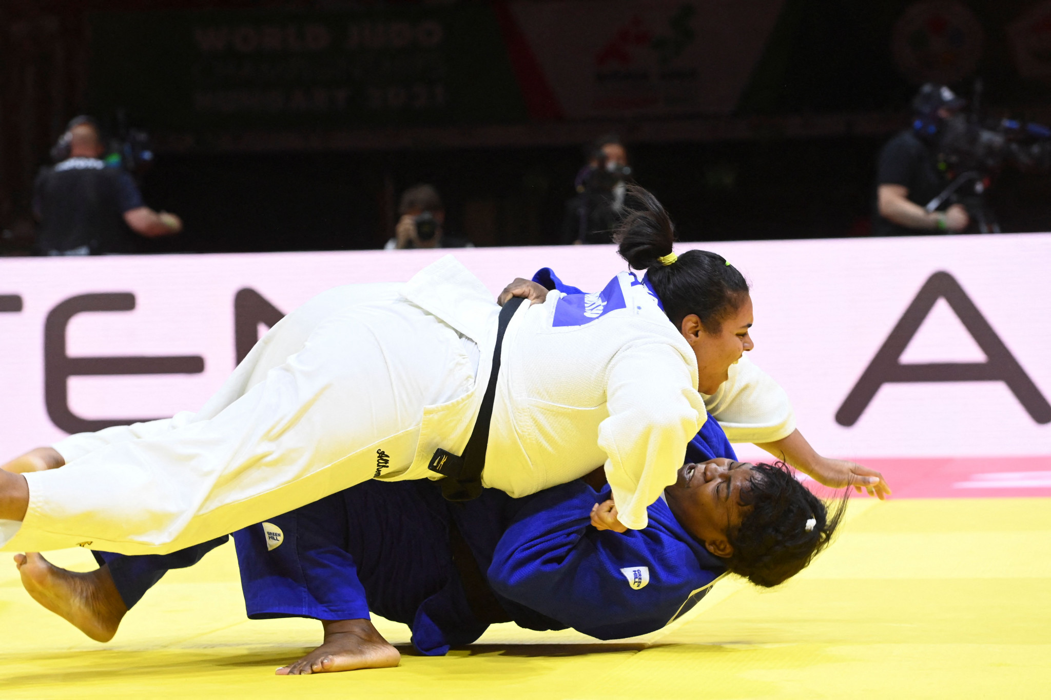 Maria Suelen Altheman shocked Cuban world number one Idalys Ortiz for the win in the over-78kg bronze medal match ©Getty Images