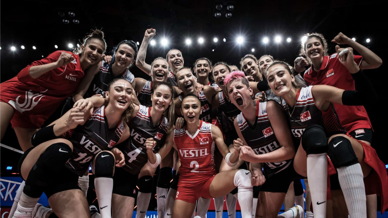 Turkey beat South Korea to ensure a top-four finish ©Volleyball World