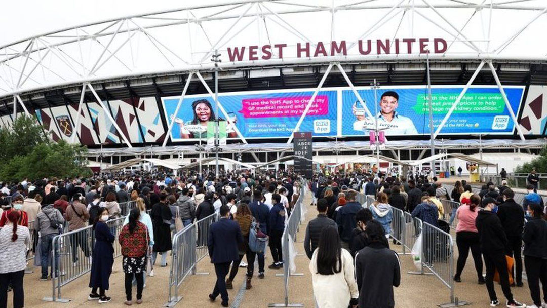 """London Olympic Stadium stages another """"Super Saturday"""" - this time with COVID-19 jabs the gold medal"""