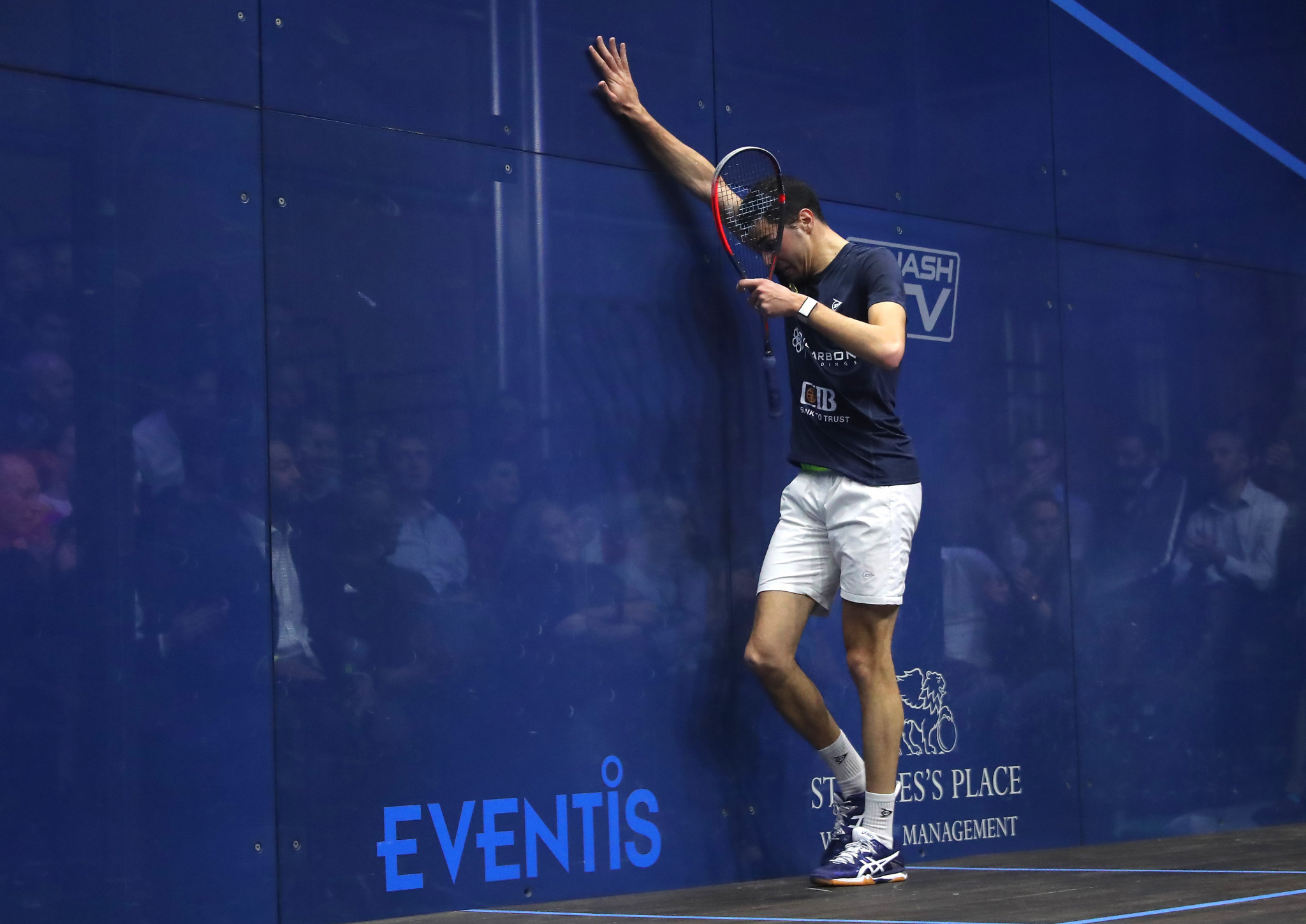 Men's top seed Farag loses second straight group match at PSA World Tour Finals