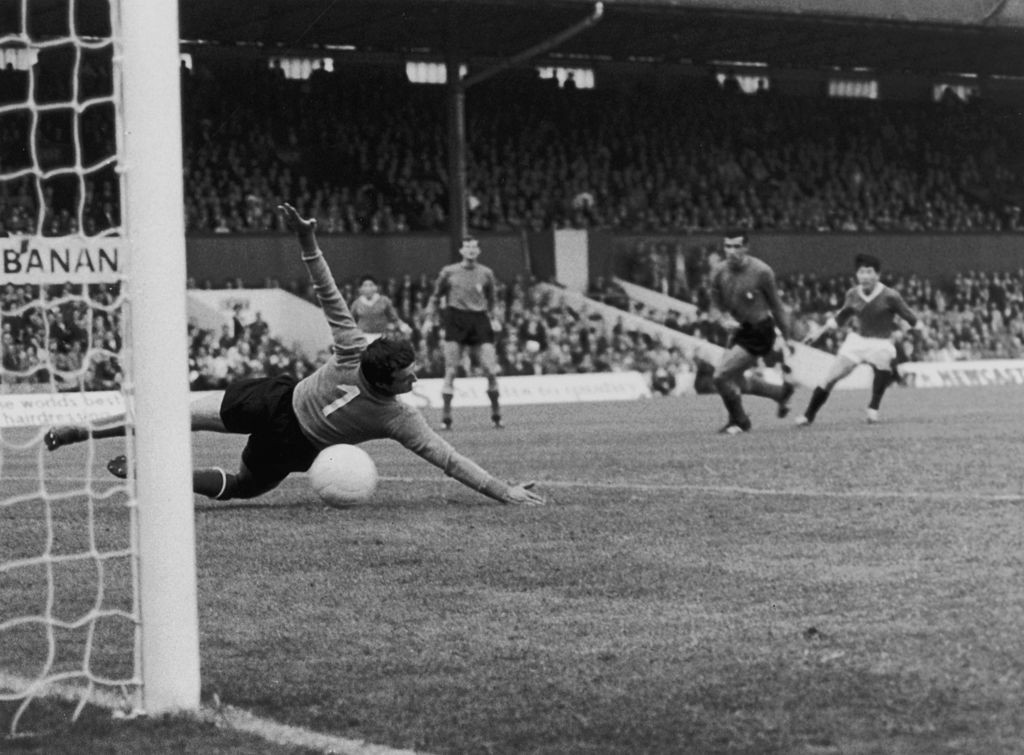 North Korea did not play at Tokyo 1964 and the world had to wait until 1966 to see their footballing talents ©Getty Images