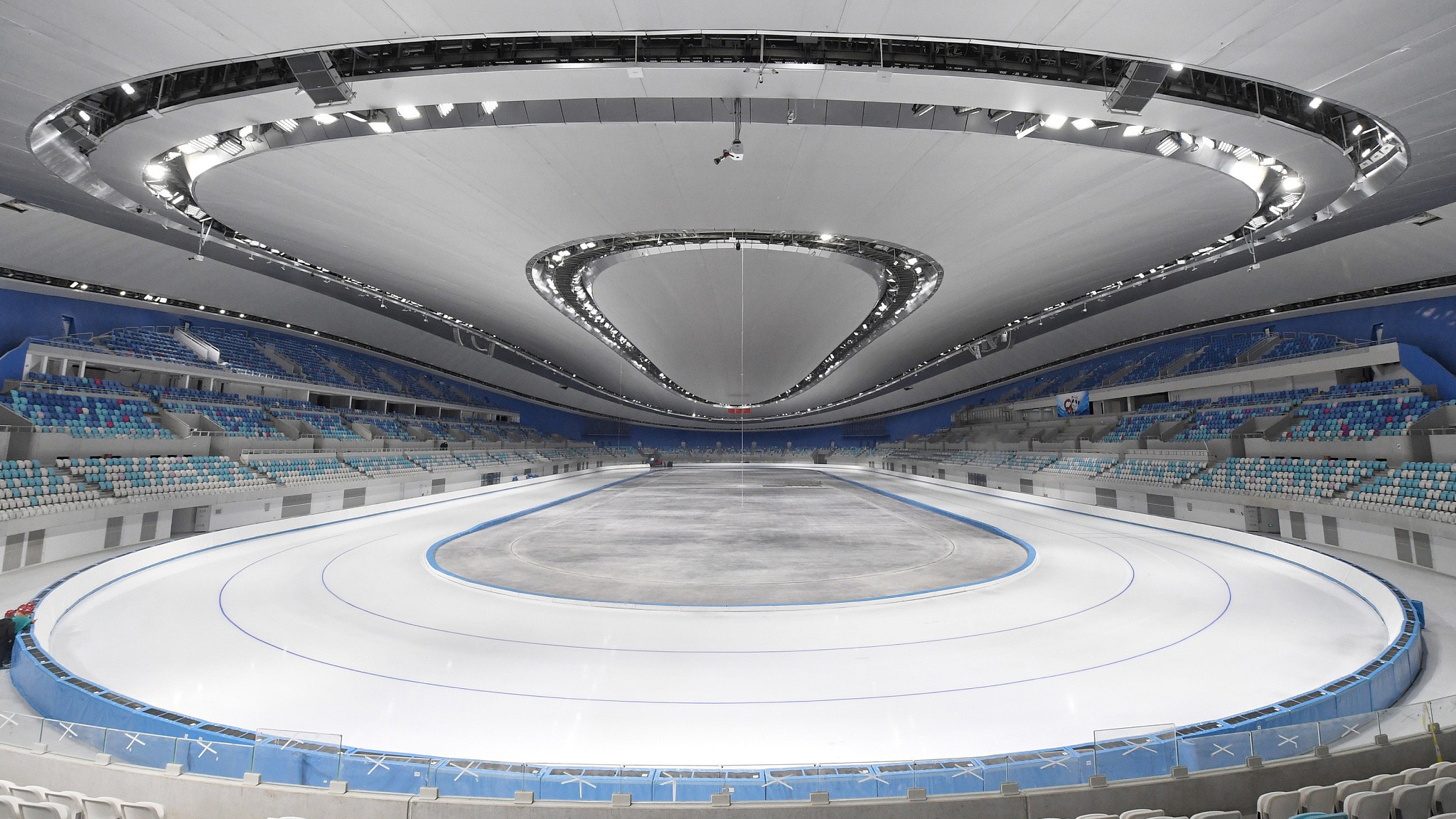 The National Speed Skating Oval is among 17 competition venues that is currently having a 5G base station installed in time for the 2022 Winter Olympic and Paralympic Games ©Beijing 2022