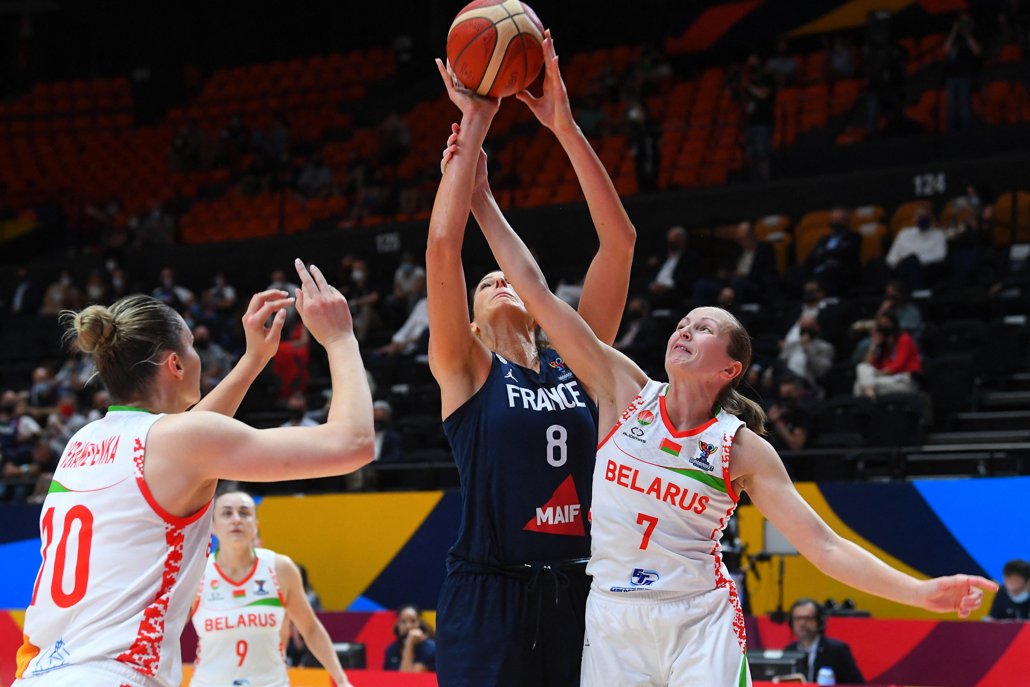 Co-host France and Serbia to contest FIBA Women's EuroBasket final