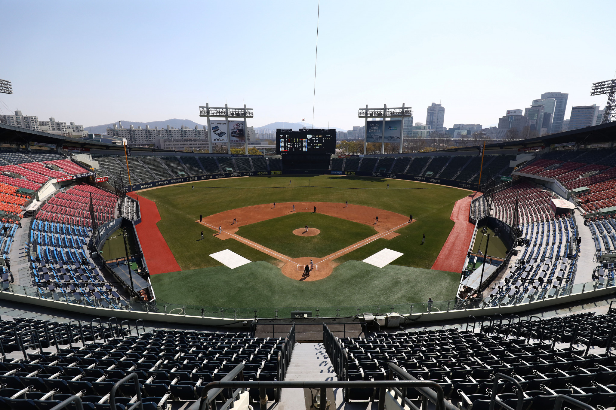 Baseball games in Seoul and the surrounding area will have no spectators for at least two weeks ©Getty Images