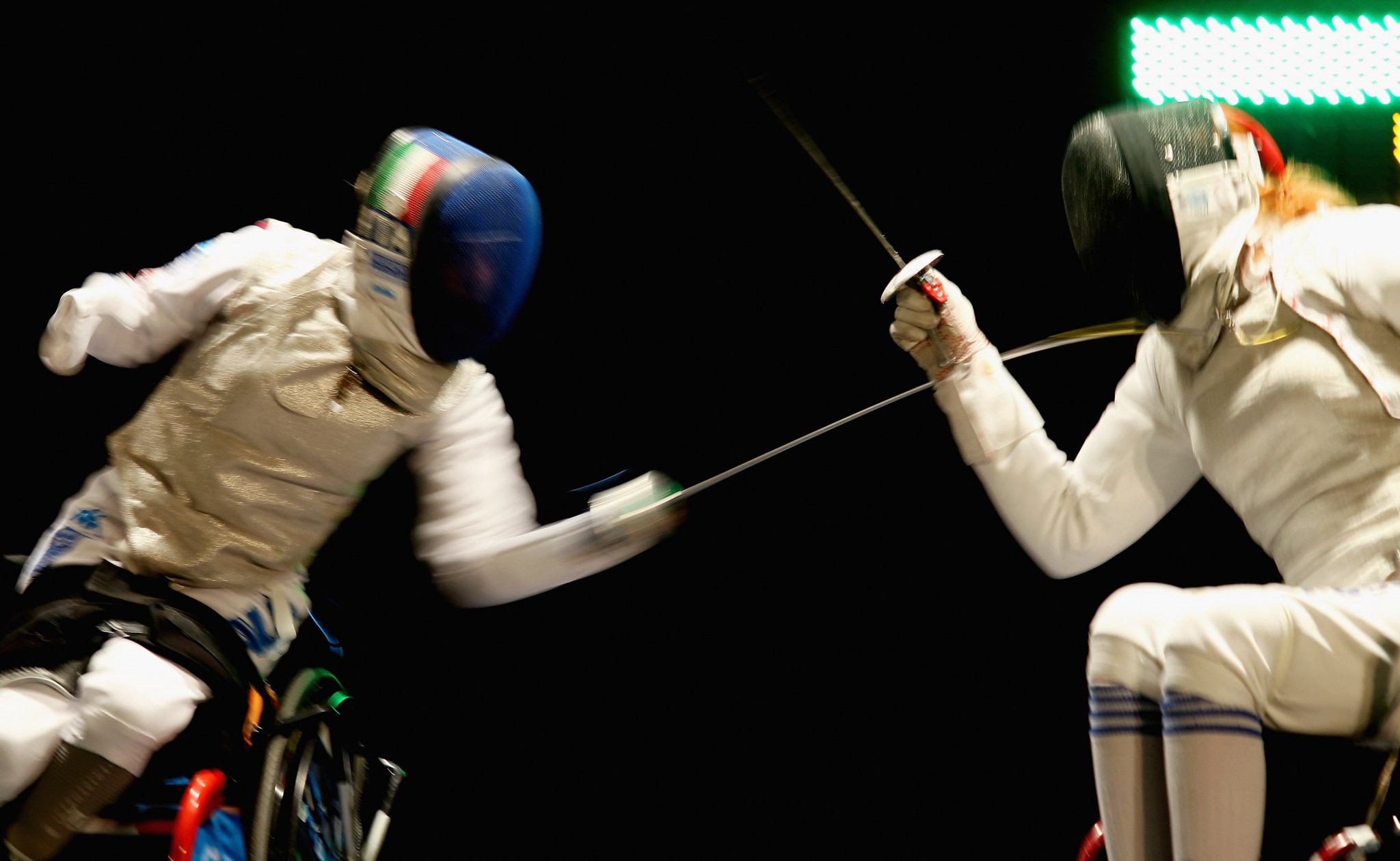 Irina Mishurova, right, was part of the women's foil team that won gold in Warsaw ©Getty Images