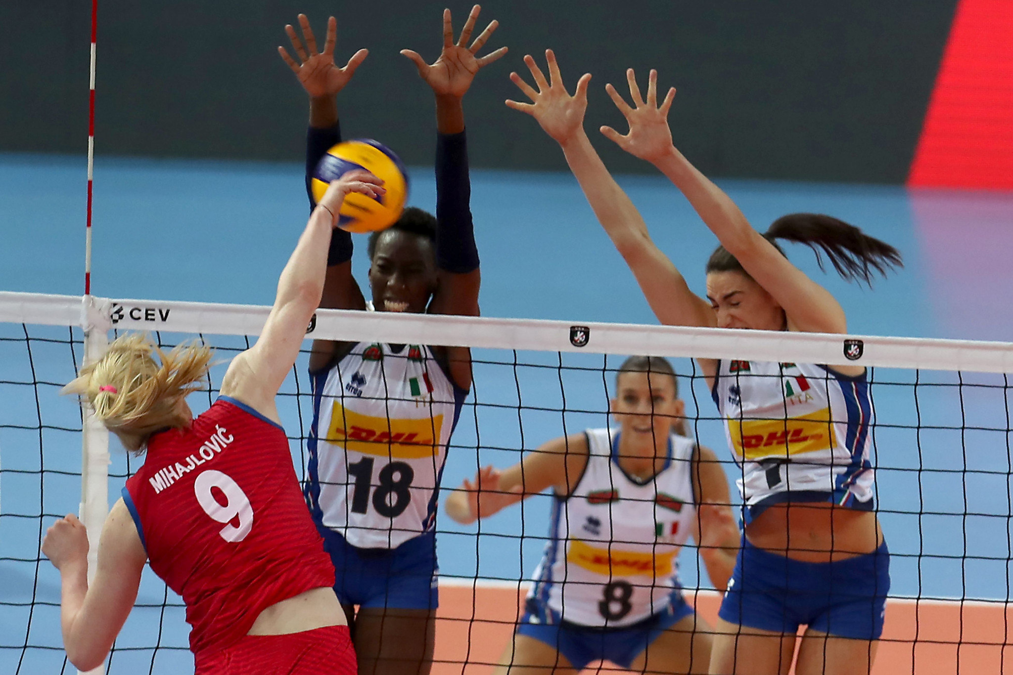 Italy are set to face Serbia in the FIVB Women's Under-20 World Championship final in Rotterdam ©Getty Images