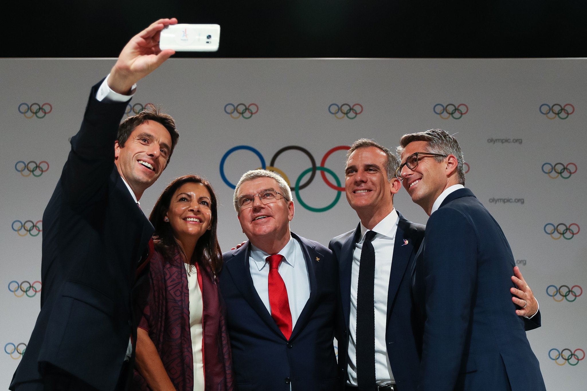 The hosts of the 2024 and 2028 Summer Olympics, Paris and Los Angeles respectively, were jointly announced at the 131st IOC Session in Lima ©Getty Images