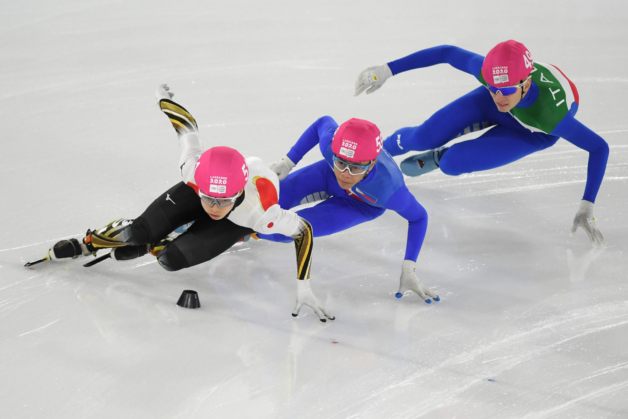 Fundraiser launched for Filipino speed skater Macaraeg's efforts to reach Beijing 2022