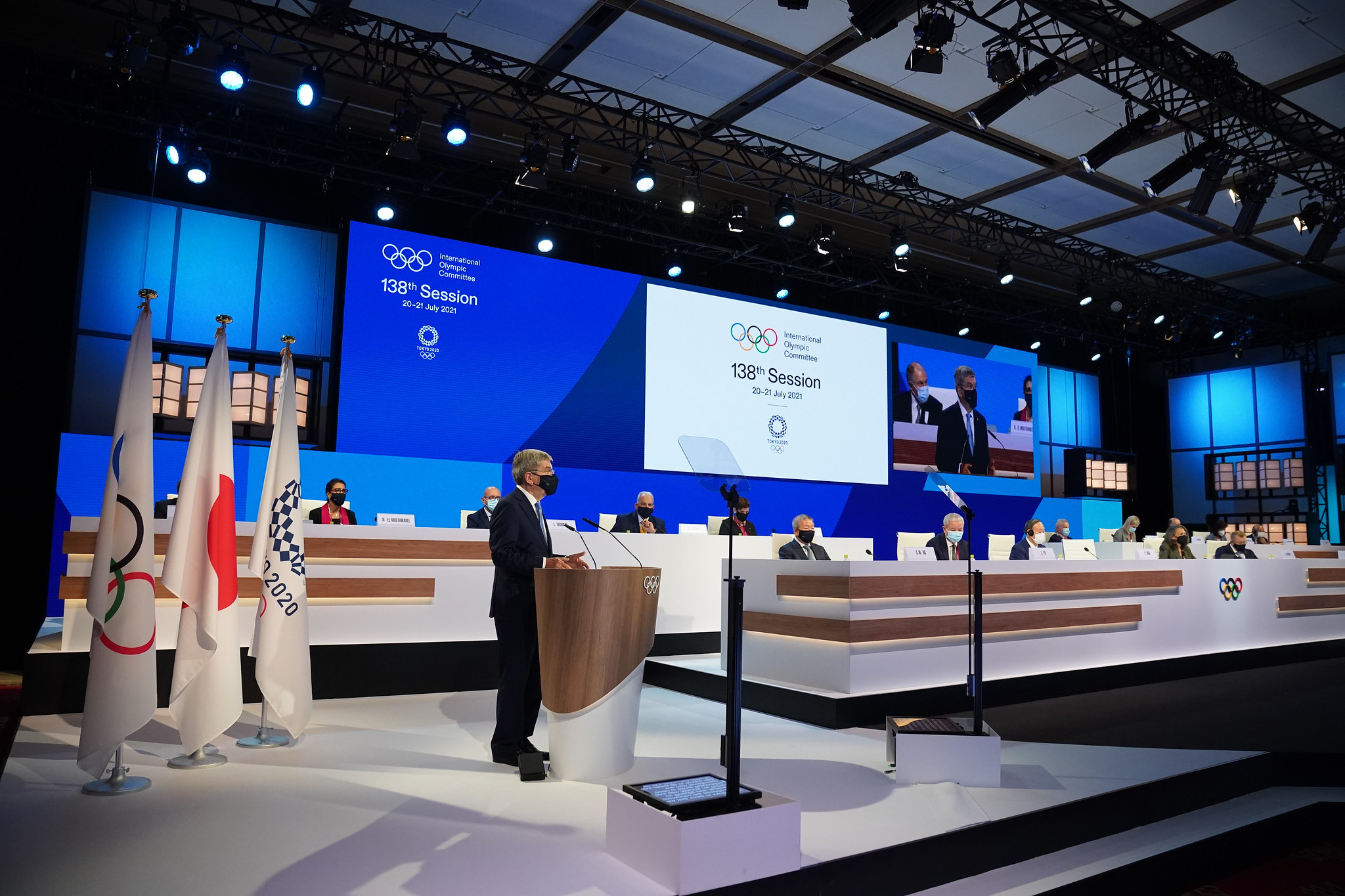 """Bach hails healthcare workers as """"true champions"""" amid COVID-19 pandemic during opening speech at IOC Session"""